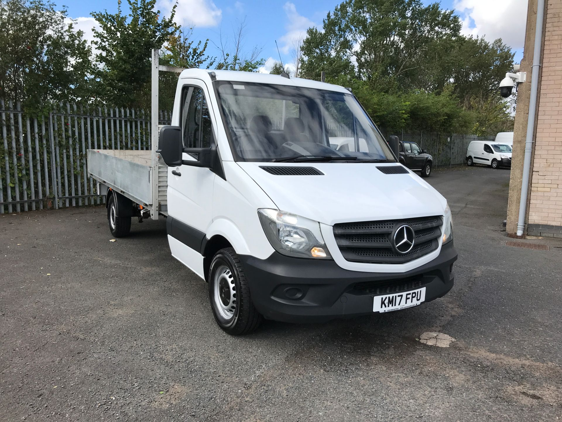 2017 Mercedes-Benz Sprinter 314CDI 13FT DROPSIDE 140PS EURO 6 (KM17FPU) Thumbnail 1
