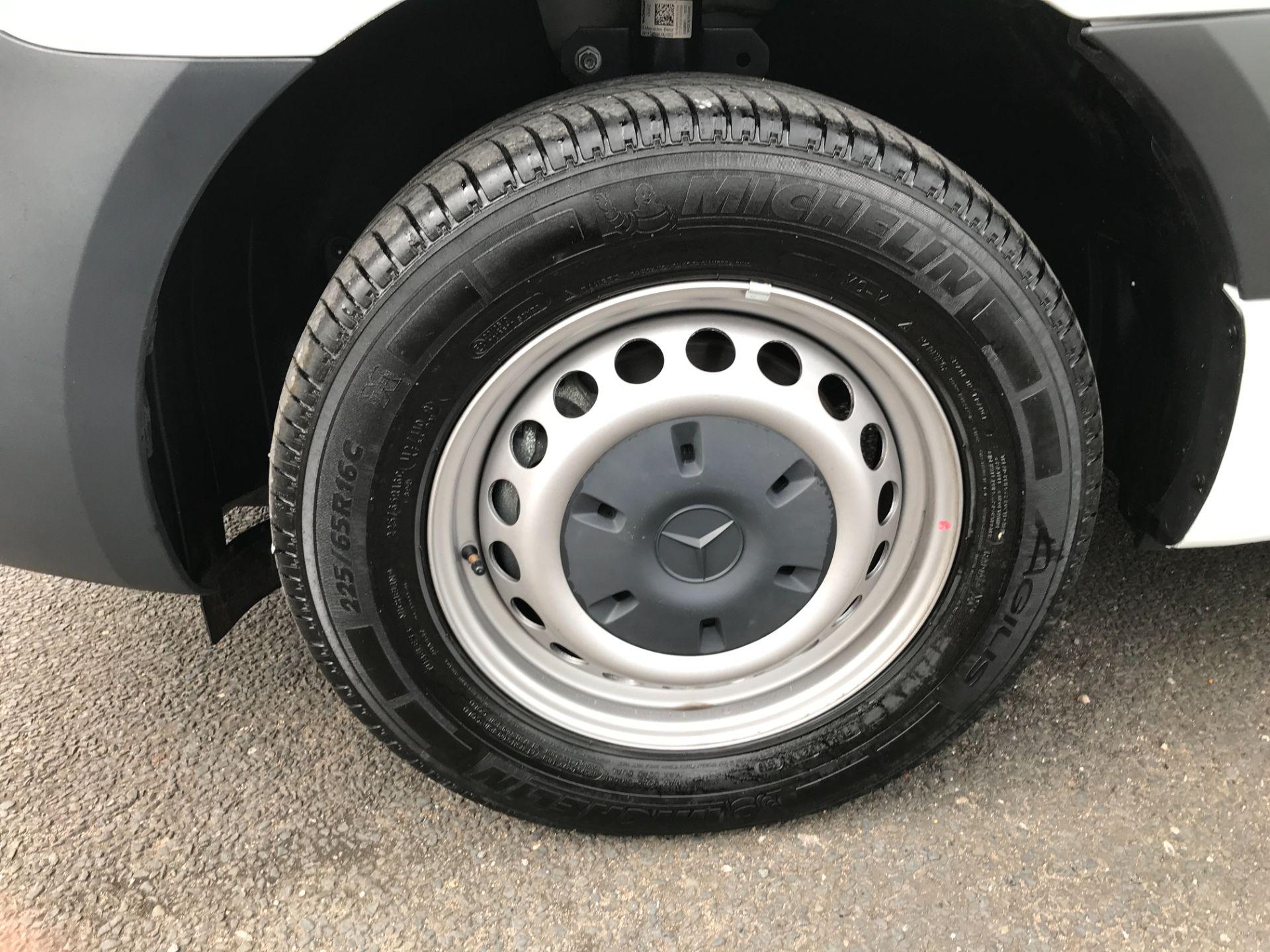 2019 Mercedes-Benz Sprinter 314CDI L2 H2 140PS FWD EURO 6 (KM19BPL) Image 4