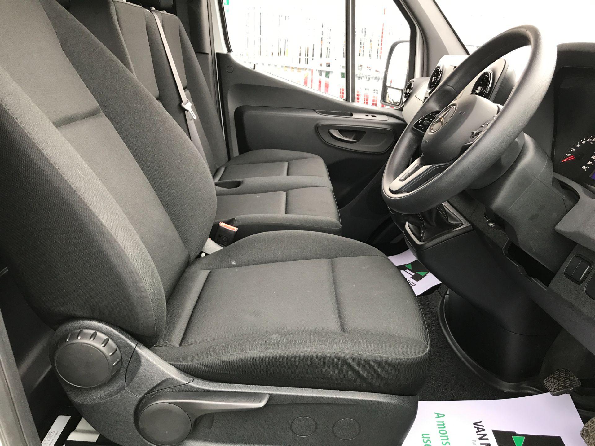 2019 Mercedes-Benz Sprinter 314CDI L2 H2 140PS FWD EURO 6 (KM19BPL) Image 14