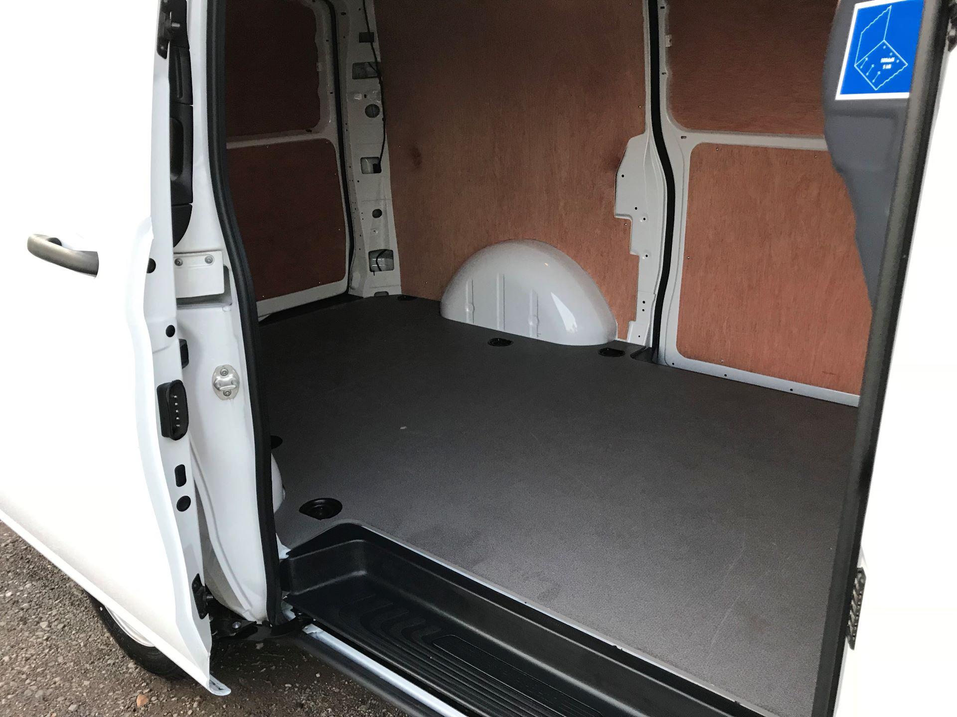 2019 Mercedes-Benz Vito 111Cdi Van (KM19BSA) Image 9