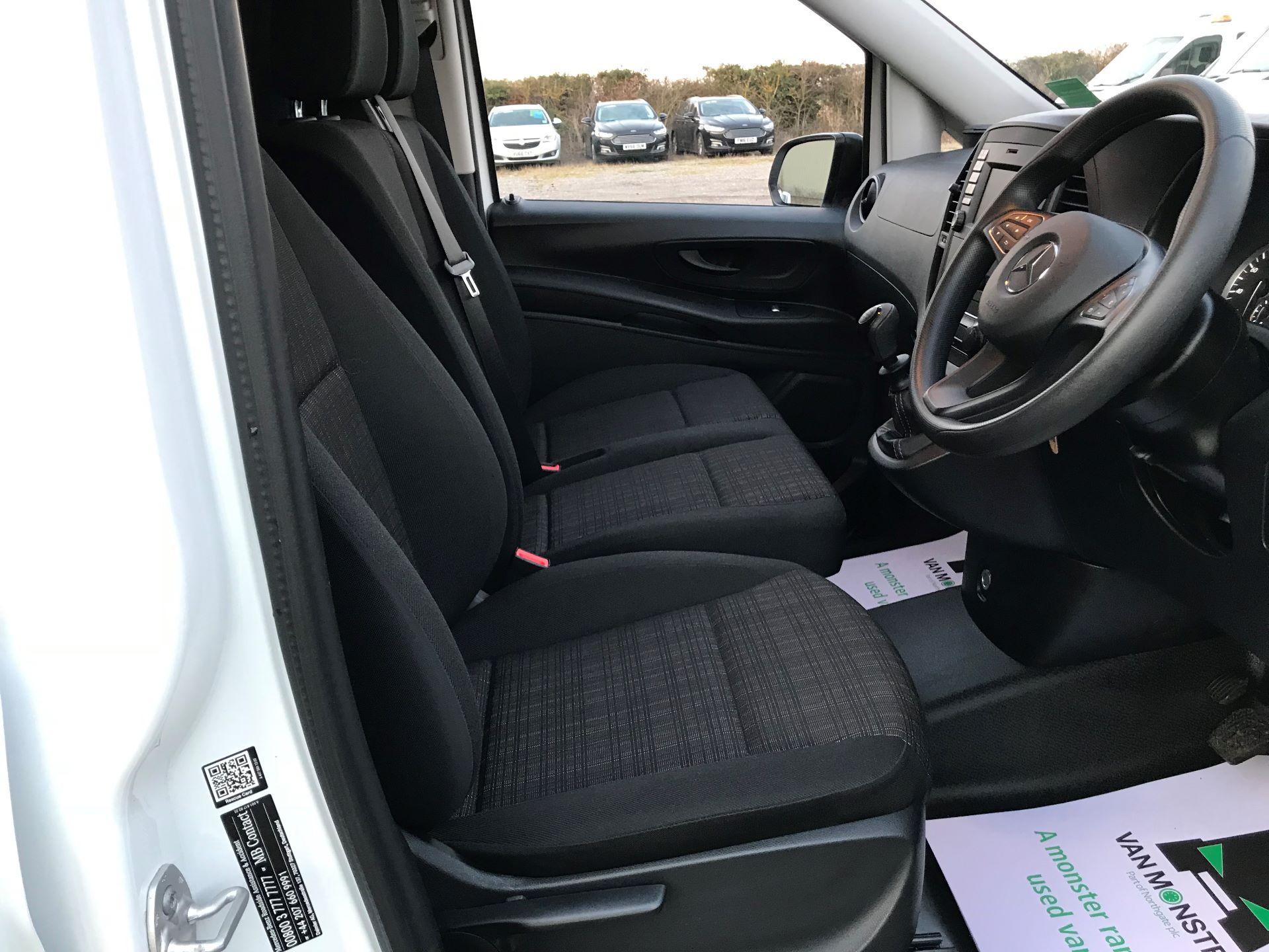 2019 Mercedes-Benz Vito 111Cdi Van (KM19BSA) Image 18