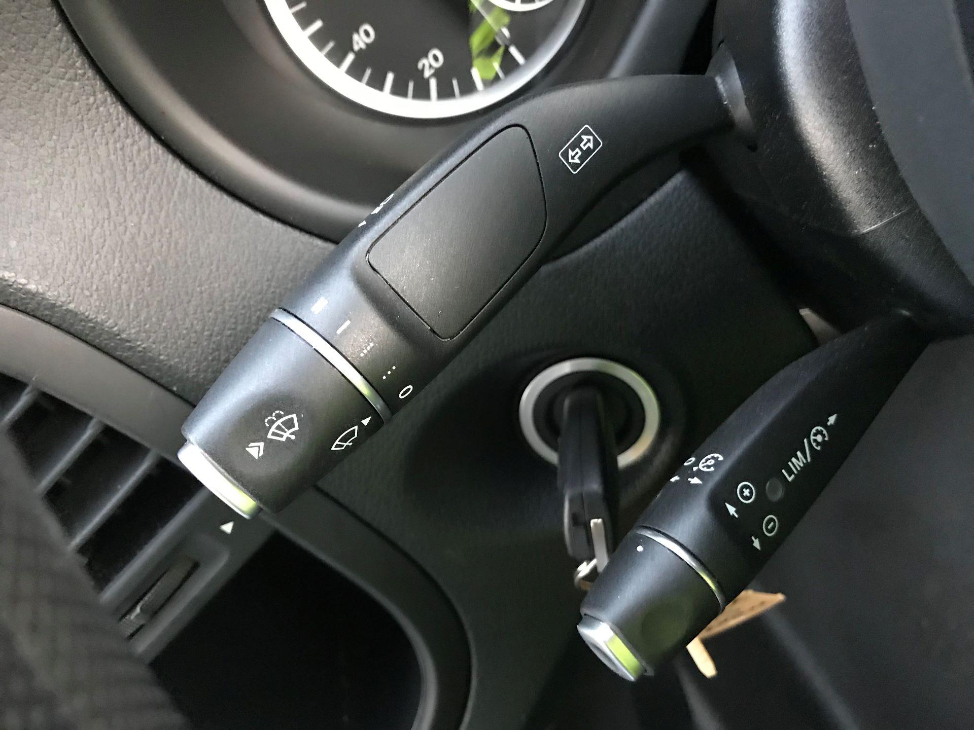 2019 Mercedes-Benz Vito 111Cdi Van (KM19BSA) Image 25