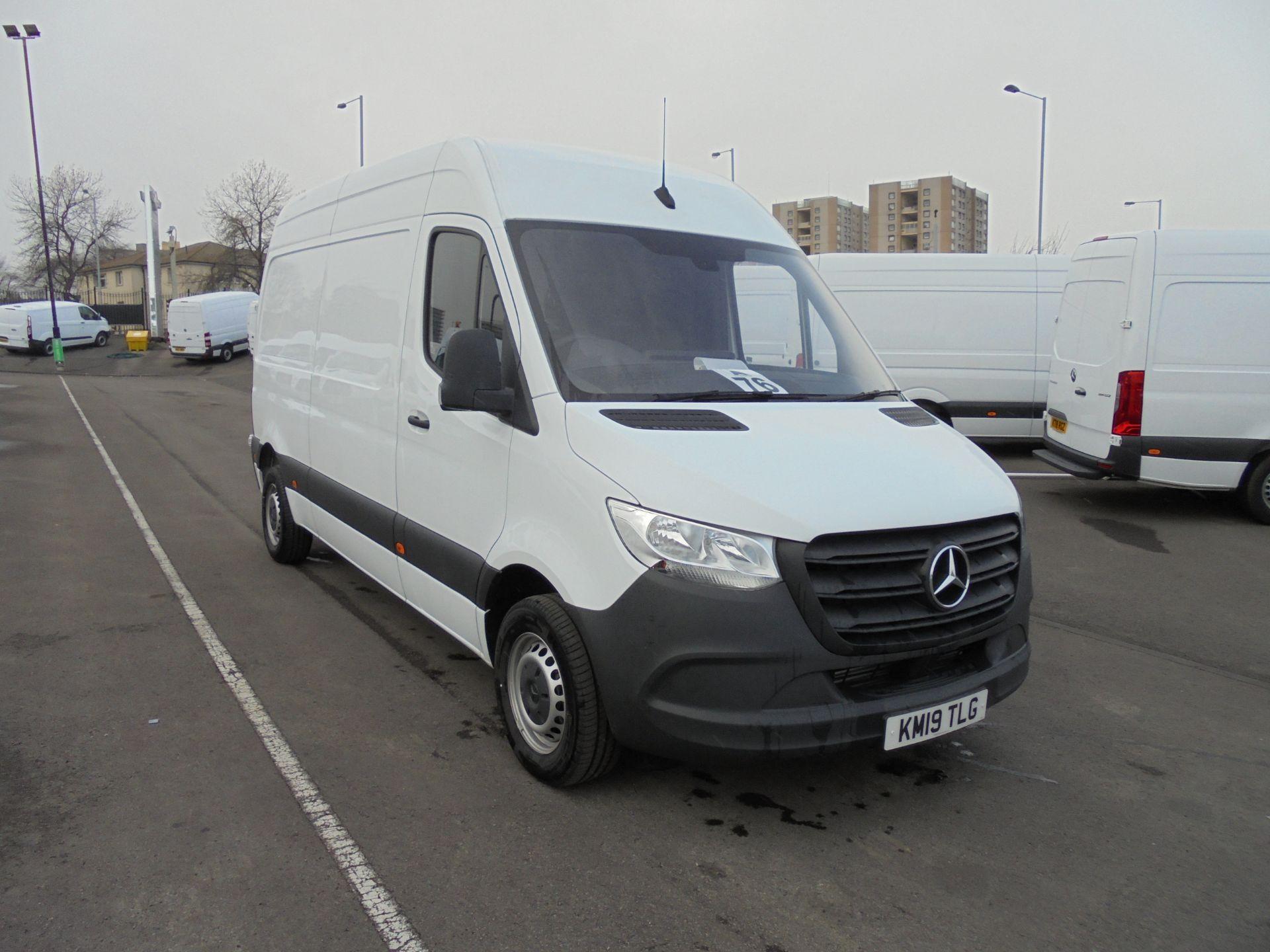 2019 Mercedes-Benz Sprinter 314 CDI 3.5T MWB Van (KM19TLG)