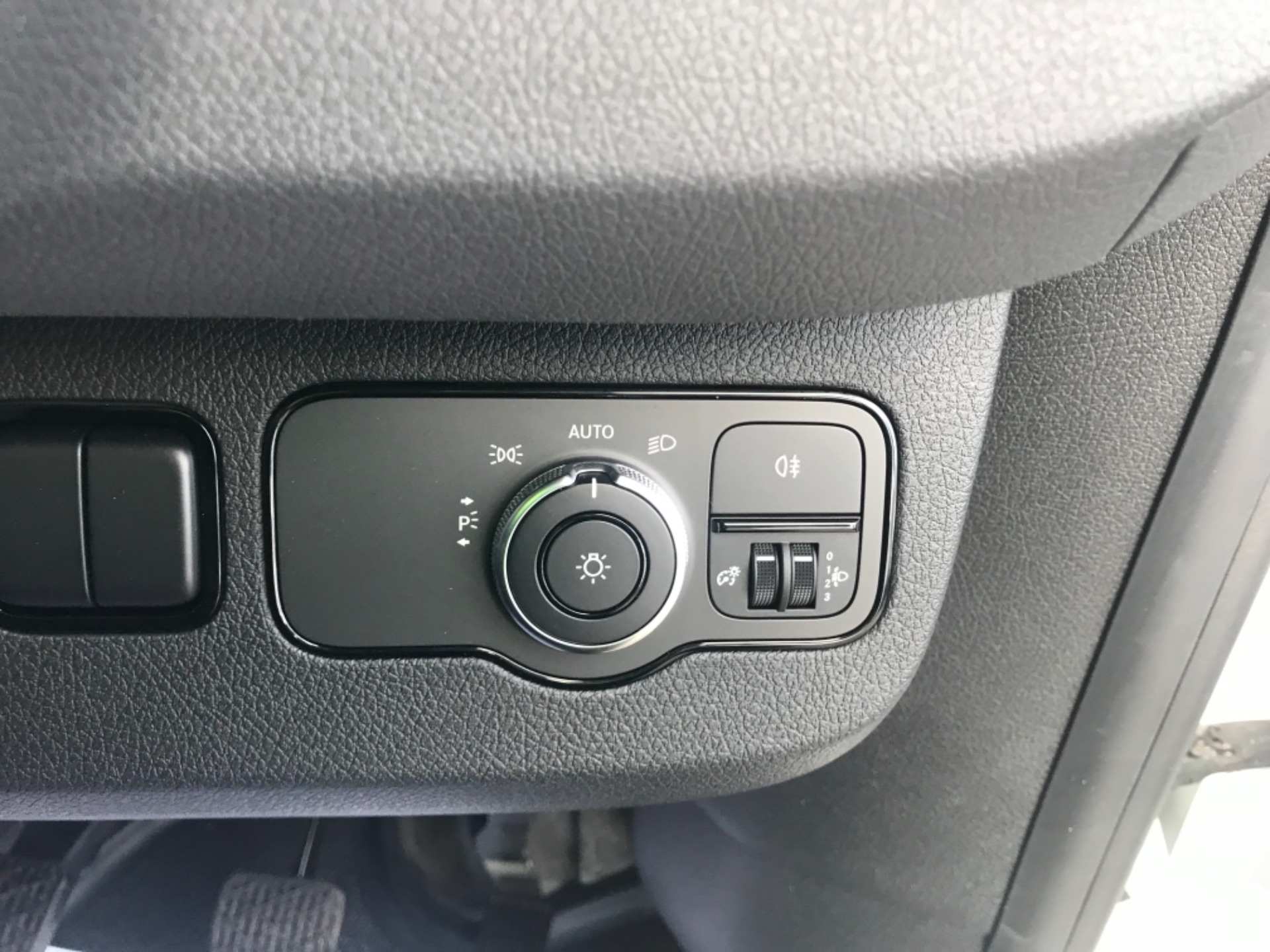 2019 Mercedes-Benz Sprinter  314 CDI MWB 3.5t 143PS EURO 6 (KM19TLL) Image 18