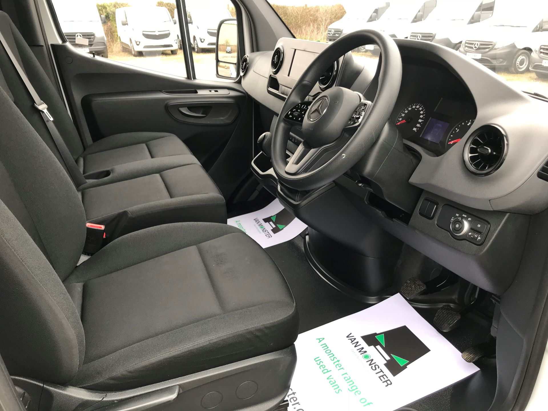 2019 Mercedes-Benz Sprinter 3.5T L2 H2 FWD Van (KM19TML) Image 22