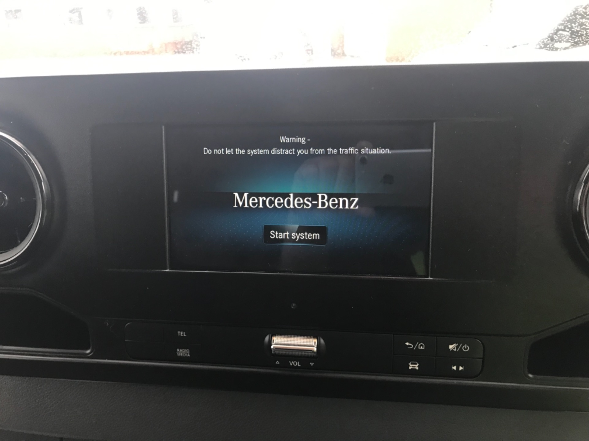 2019 Mercedes-Benz Sprinter 314 CDI 3.5T H2 Van MWB (KM19TNB) Image 10