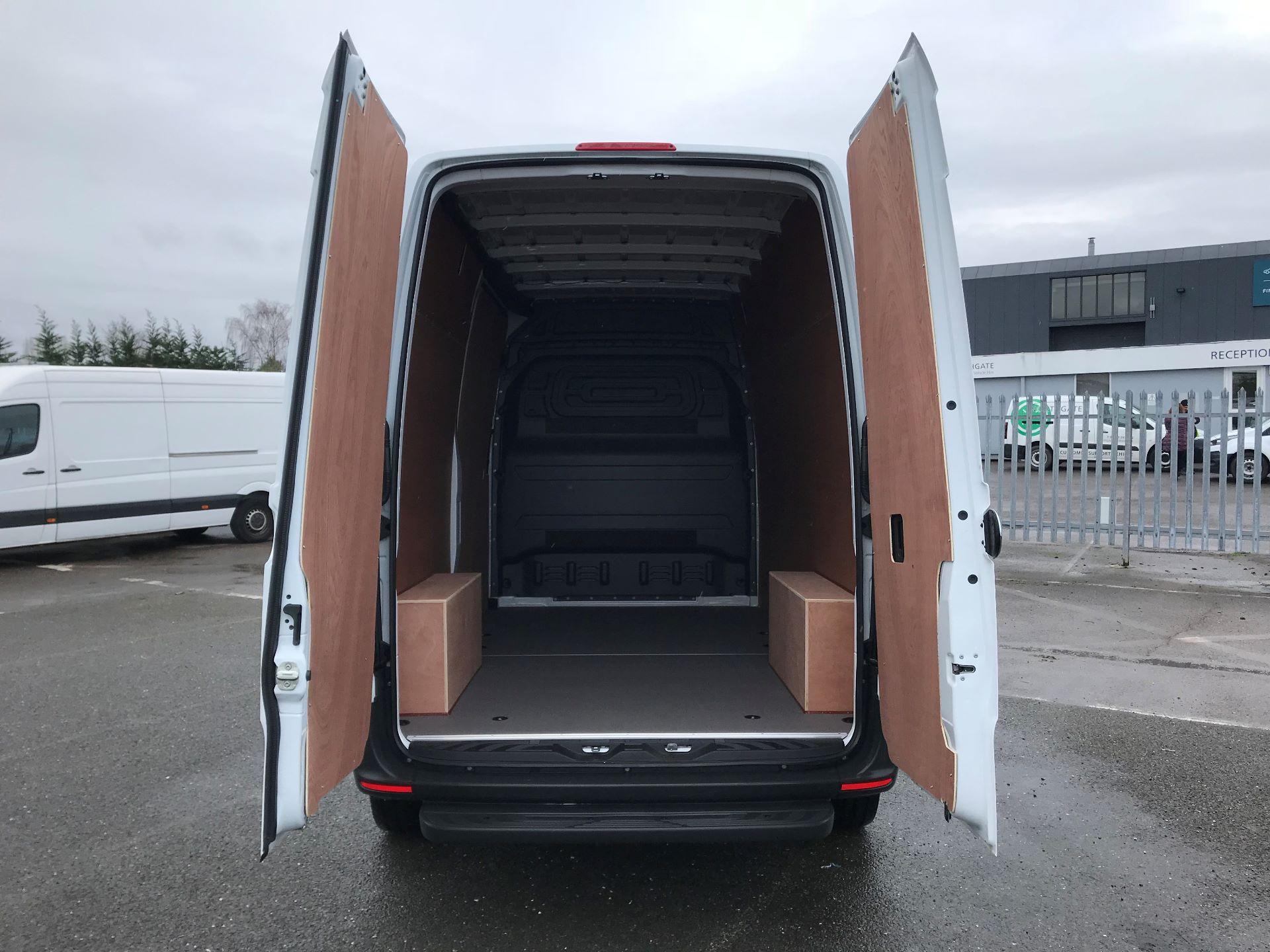 2019 Mercedes-Benz Sprinter  314 MWB H/R VAN EURO 6 (KM19TND) Image 7
