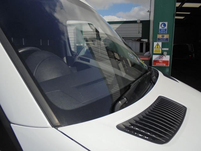 2015 Mercedes-Benz Sprinter 313 MWB H/R EURO 5 (KM65OHL) Image 2