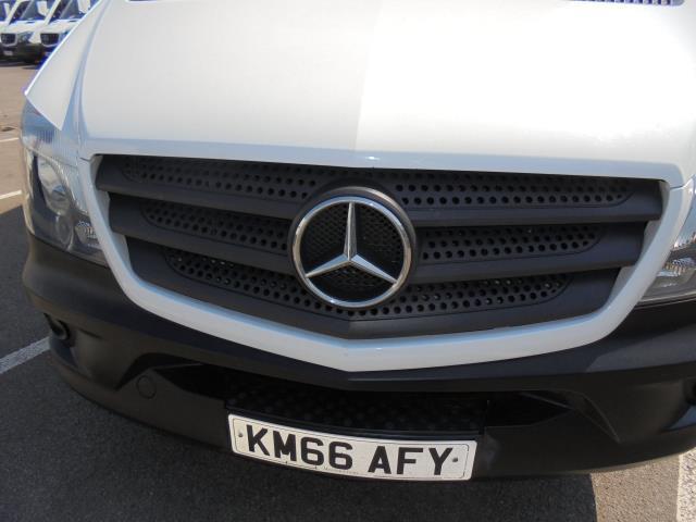 "2016 Mercedes-Benz Sprinter 314 LWB LUTON BLUE EFFICIENCY EURO 6 ""T/LIFT"" (KM66AFY) Image 23"