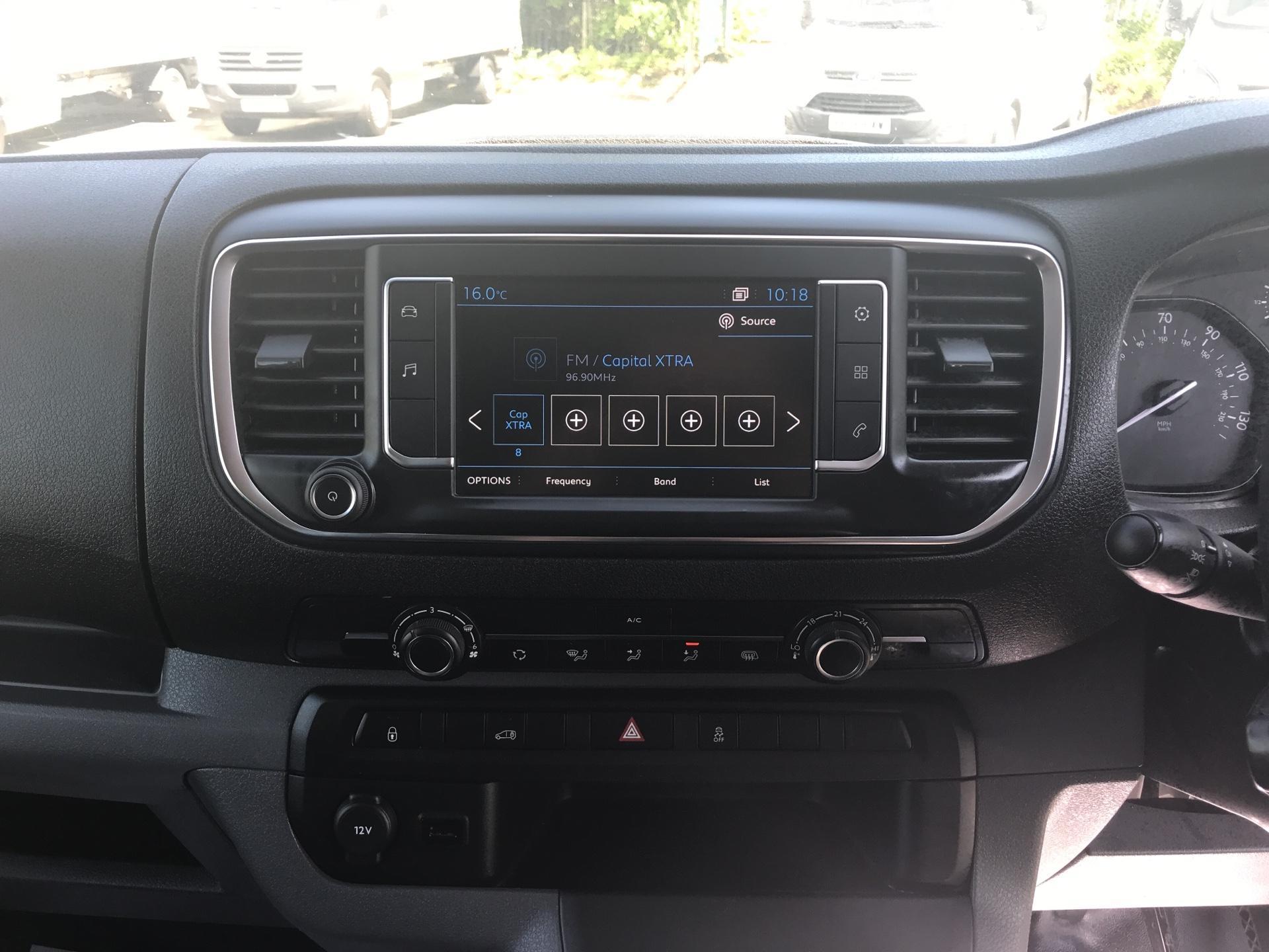 2016 Peugeot Expert 1400 2.0 Bluehdi 120 Professional Van (KM66SVD) Image 10