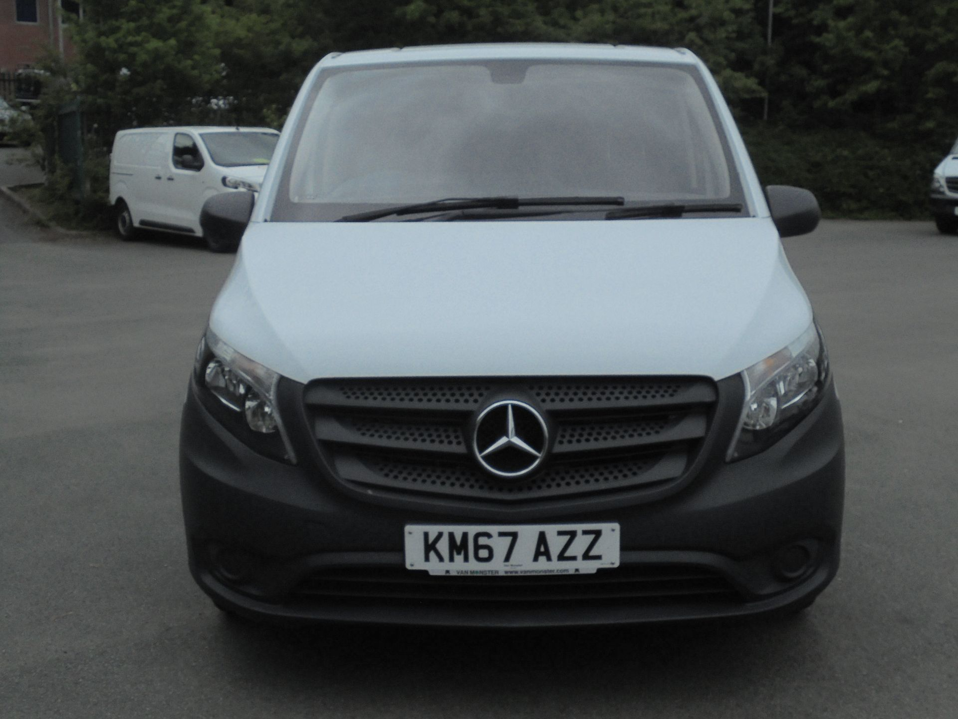 2017 Mercedes-Benz Vito 111Cdi Van (KM67AZZ) Image 2