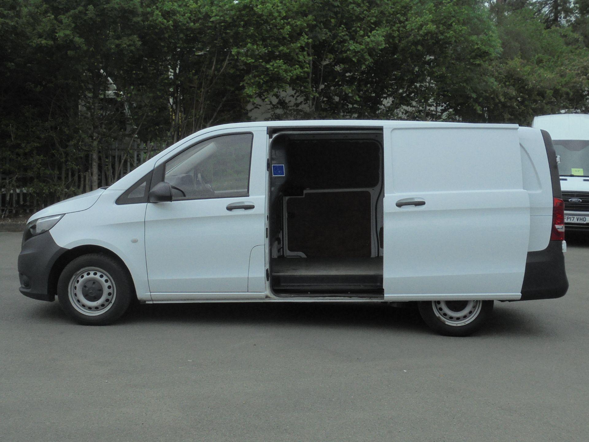 2017 Mercedes-Benz Vito 111Cdi Van (KM67AZZ) Image 6