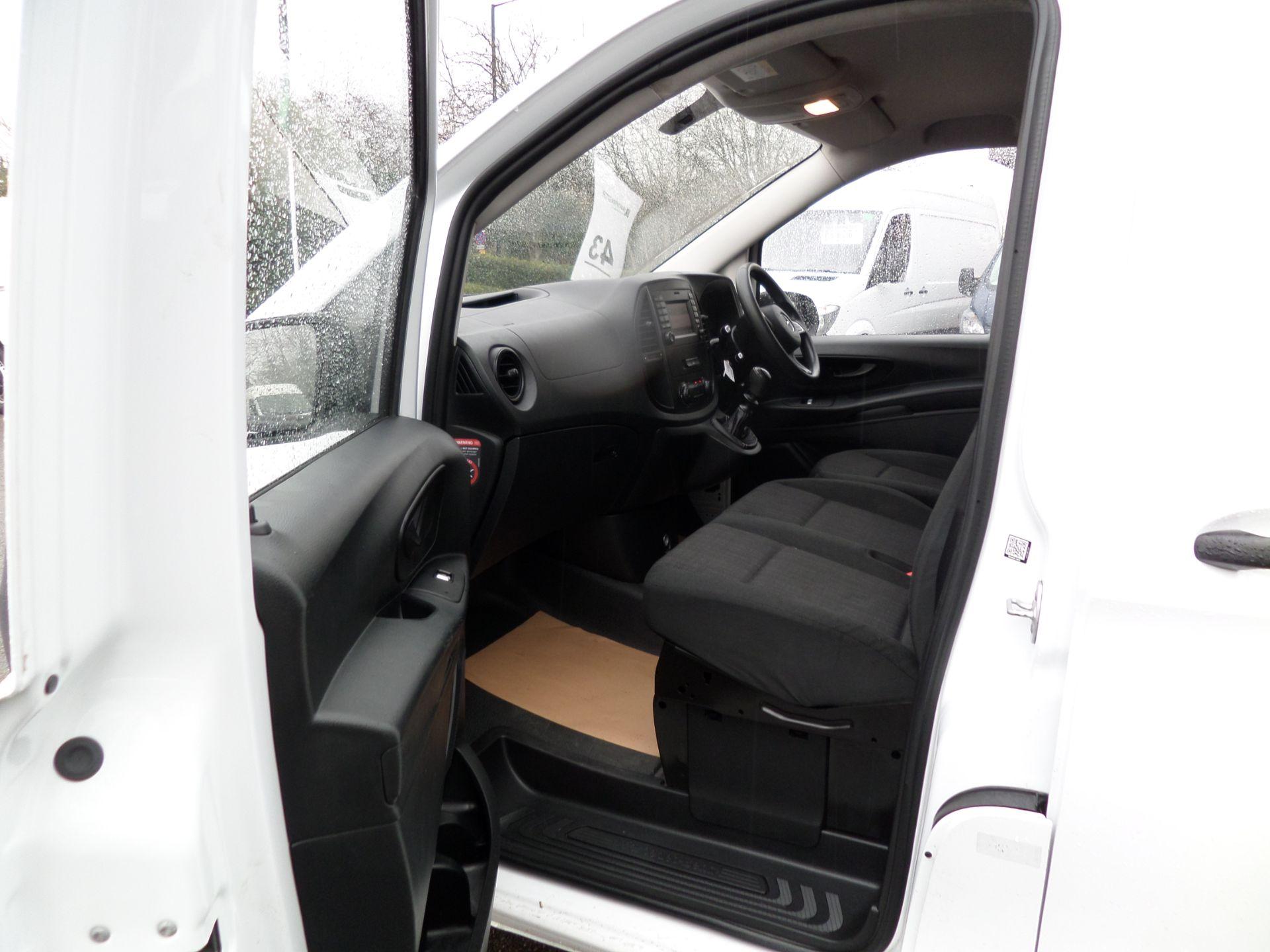 2017 Mercedes-Benz Vito 111Cdi Van LWB Euro 6 (KM67BCO) Image 9
