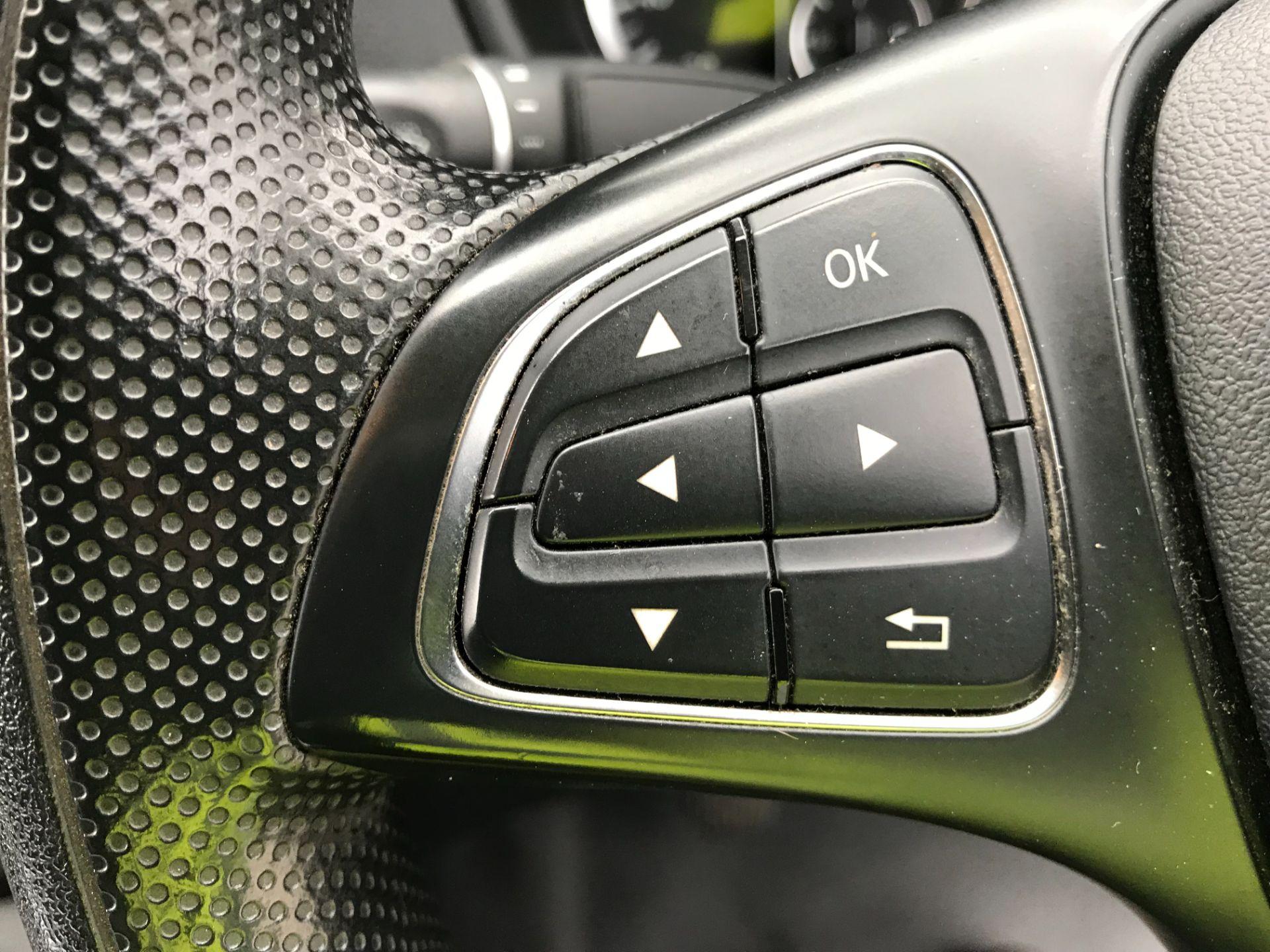 2017 Mercedes-Benz Vito LONG 111CDI VAN EURO 6  (KM67BCV) Image 32