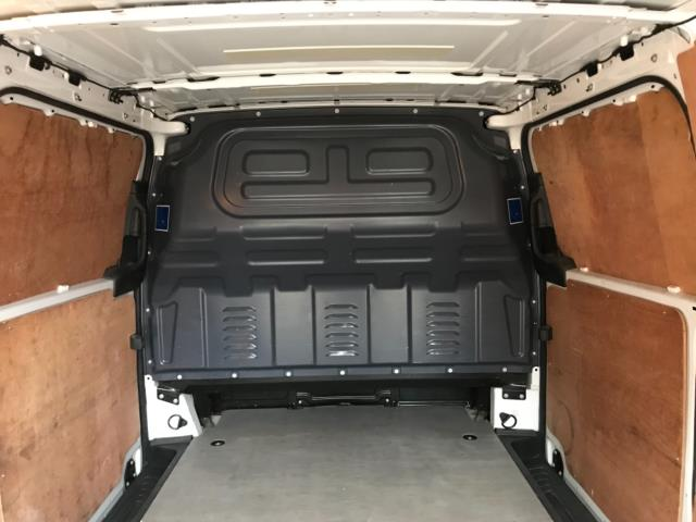 2017 Mercedes-Benz Vito LONG 111CDI VAN EURO 6  (KM67BHJ) Image 38