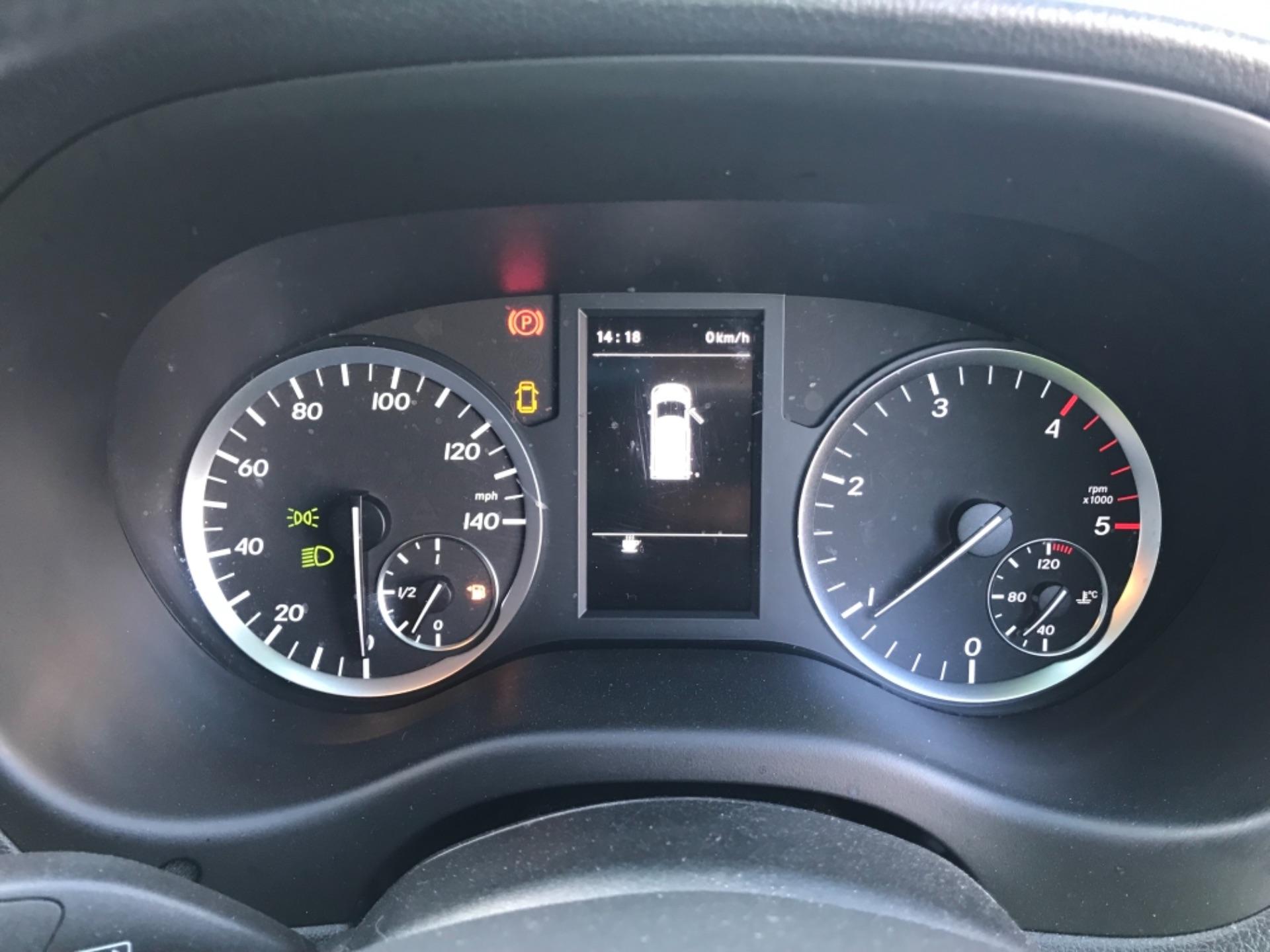 2017 Mercedes-Benz Vito LONG 111 CDI VAN EURO 6  (KM67BKY) Image 11