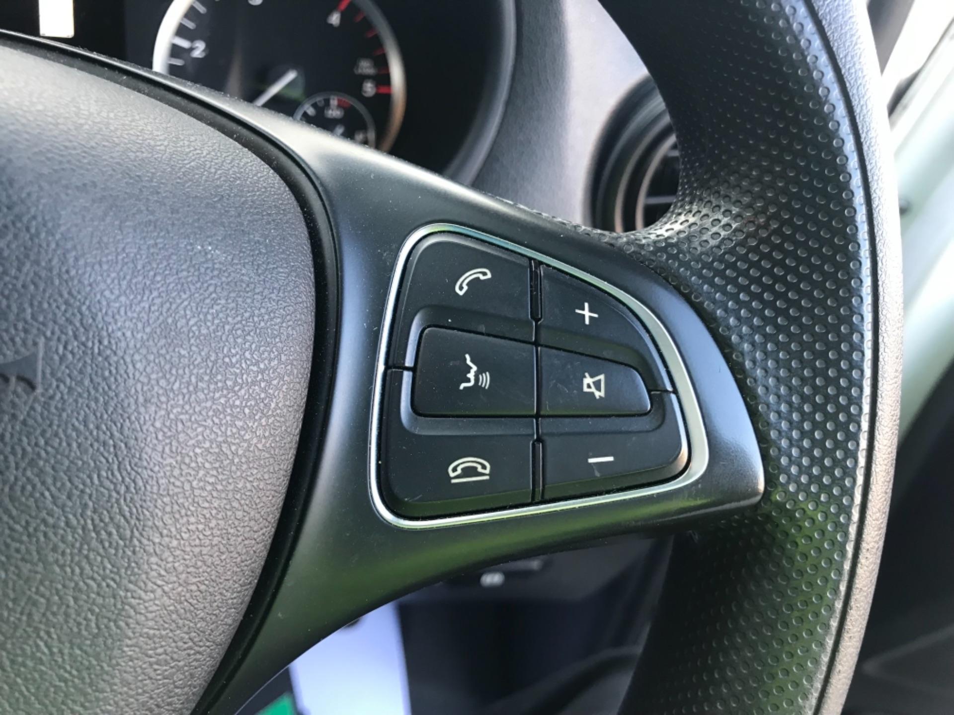 2017 Mercedes-Benz Vito LONG 111 CDI VAN EURO 6  (KM67BKY) Image 16