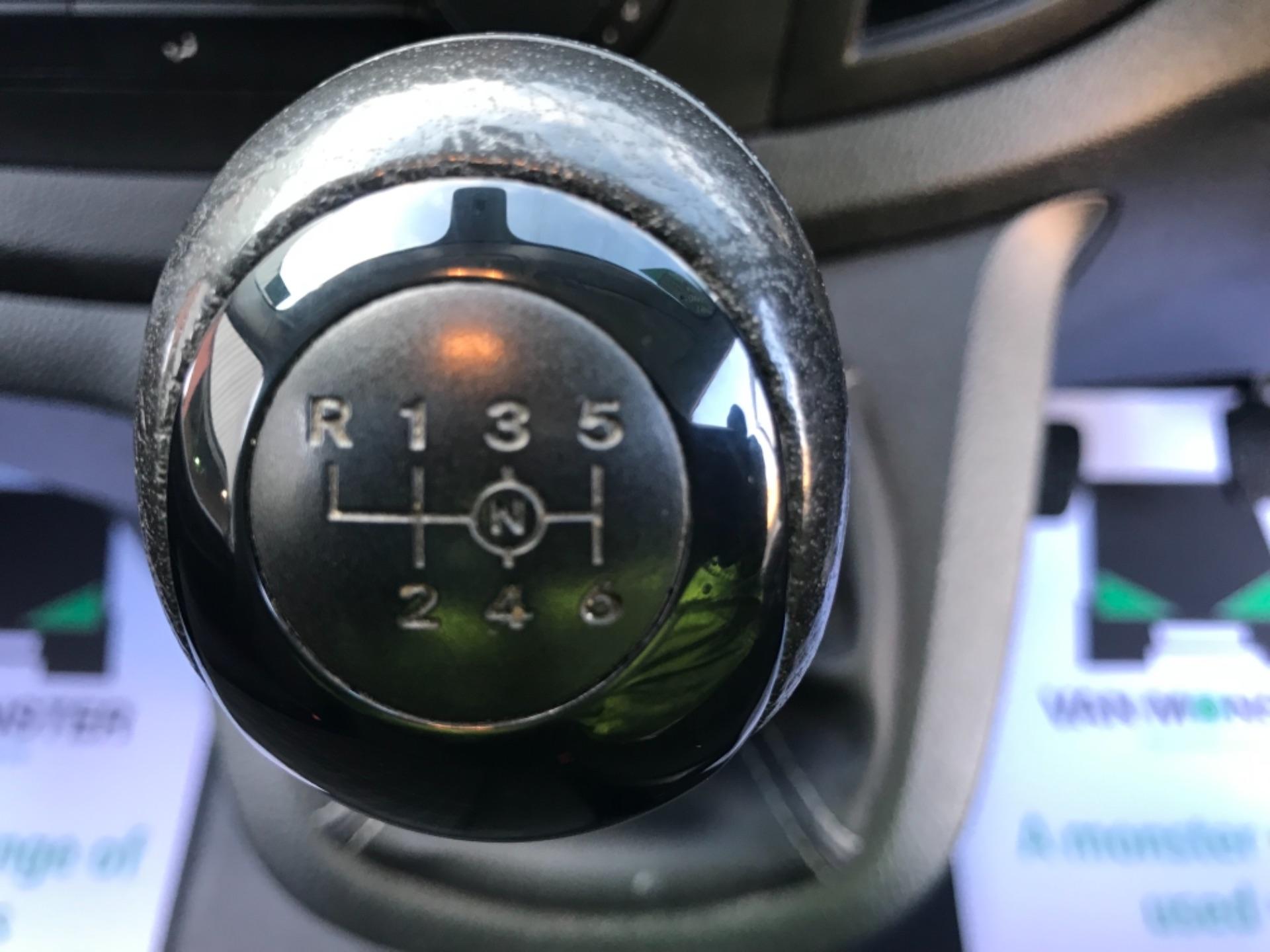 2017 Mercedes-Benz Vito LONG 111 CDI VAN EURO 6  (KM67BKY) Image 14
