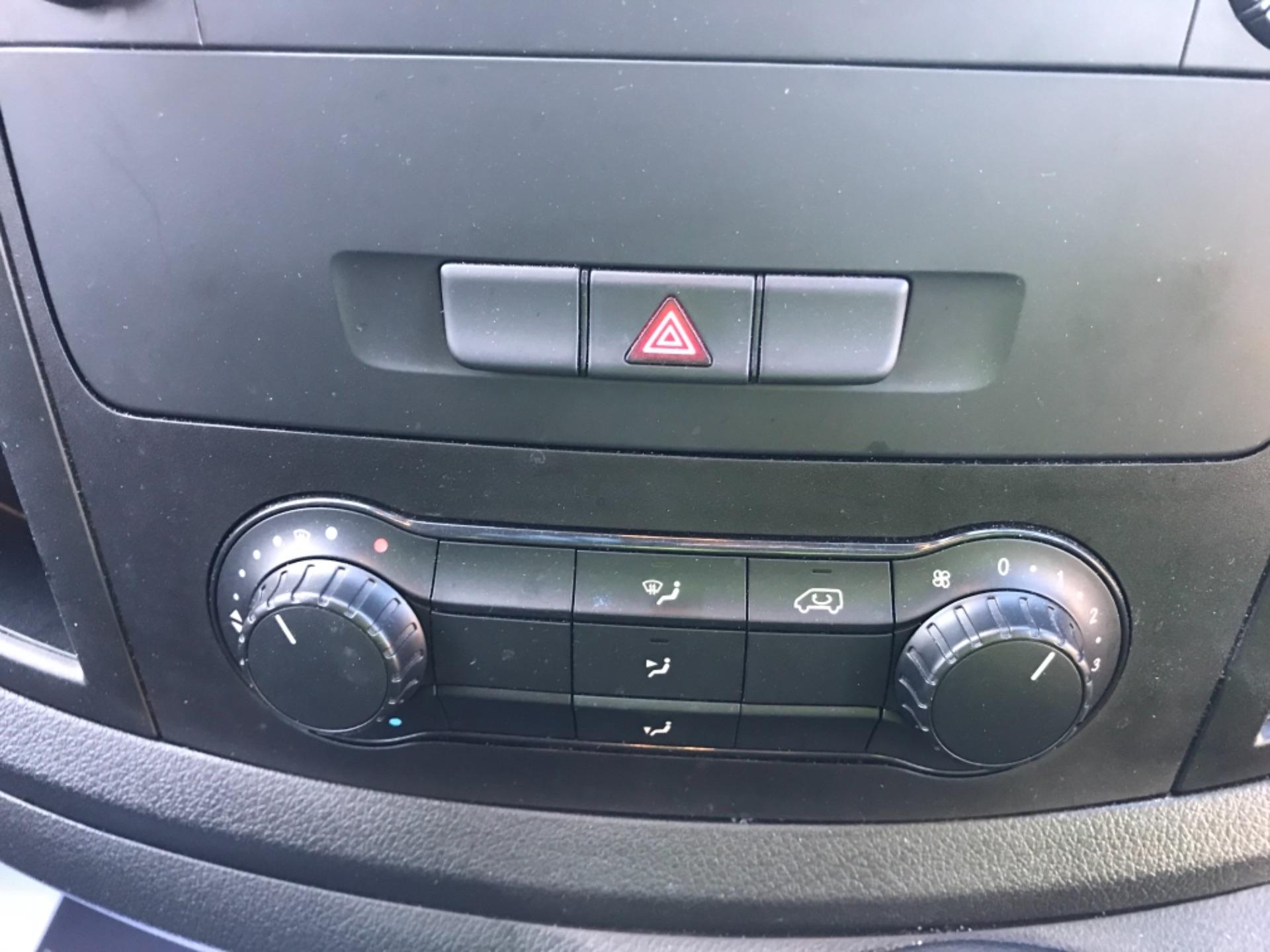 2017 Mercedes-Benz Vito LONG 111 CDI VAN EURO 6  (KM67BKY) Image 18