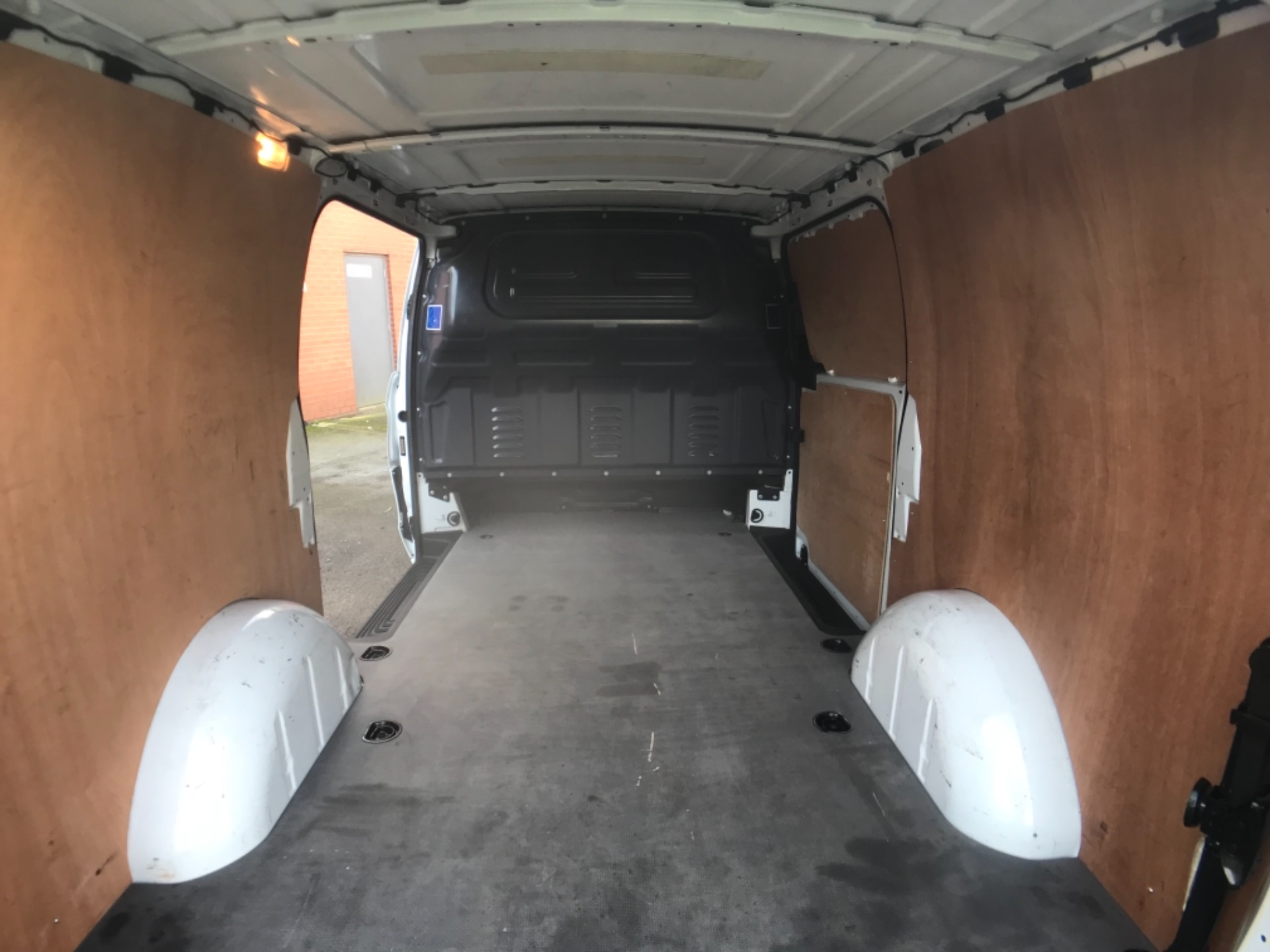 2017 Mercedes-Benz Vito LONG 111 CDI VAN EURO 6  (KM67BKY) Image 24