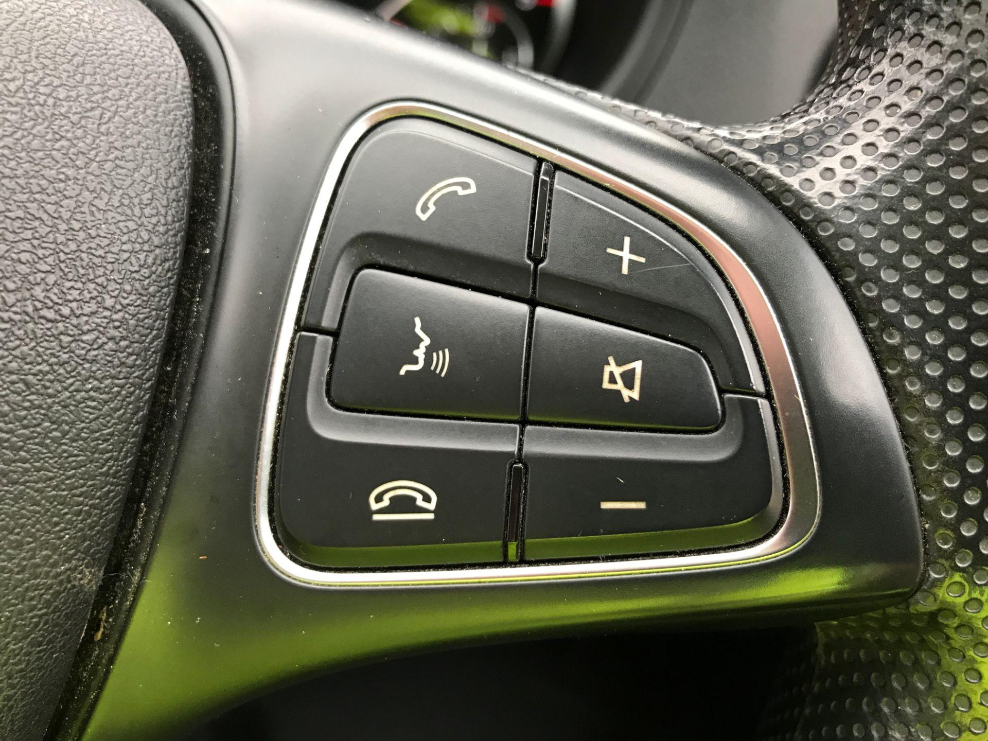 2017 Mercedes-Benz Vito 111CDI LWB 110PS EURO 6 (KM67BMY) Image 23