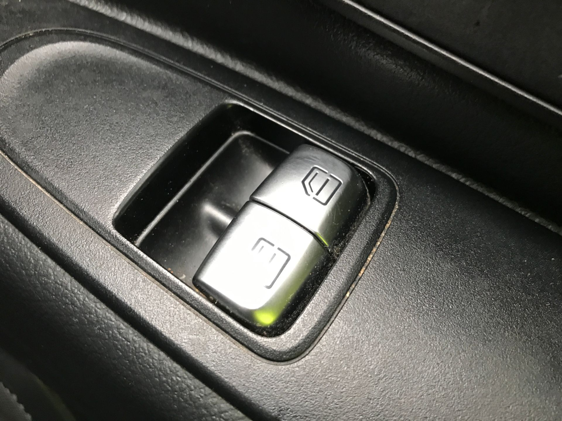 2017 Mercedes-Benz Vito 111CDI LWB 110PS EURO 6 (KM67BMY) Image 25