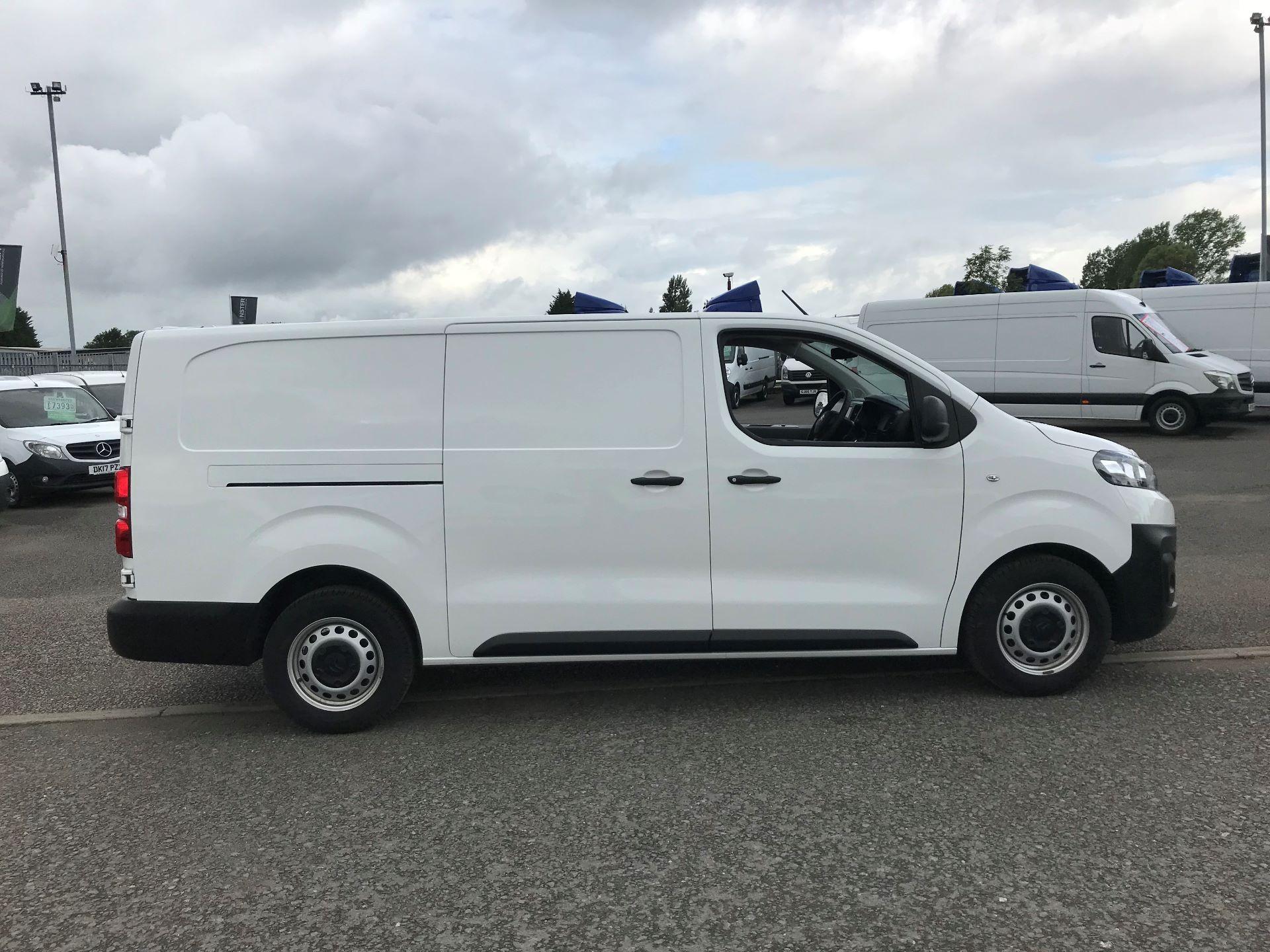 2018 Citroen Dispatch 1200 1.6 Bluehdi 95 Van Enterprise (KM67RNV) Image 3