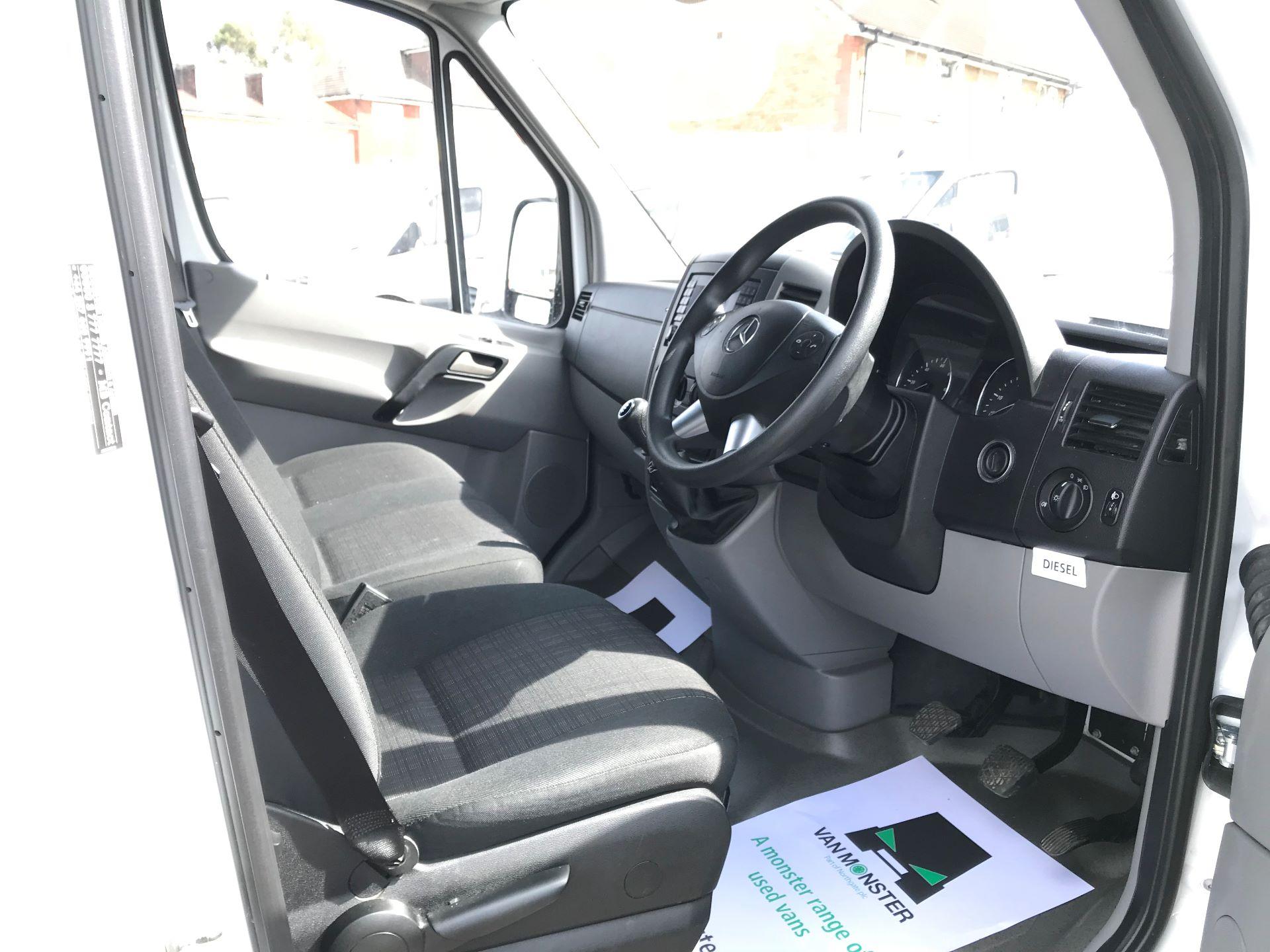 2017 Mercedes-Benz Sprinter  314 LWB H/R VAN EURO 6 (KM67ZZR) Image 19