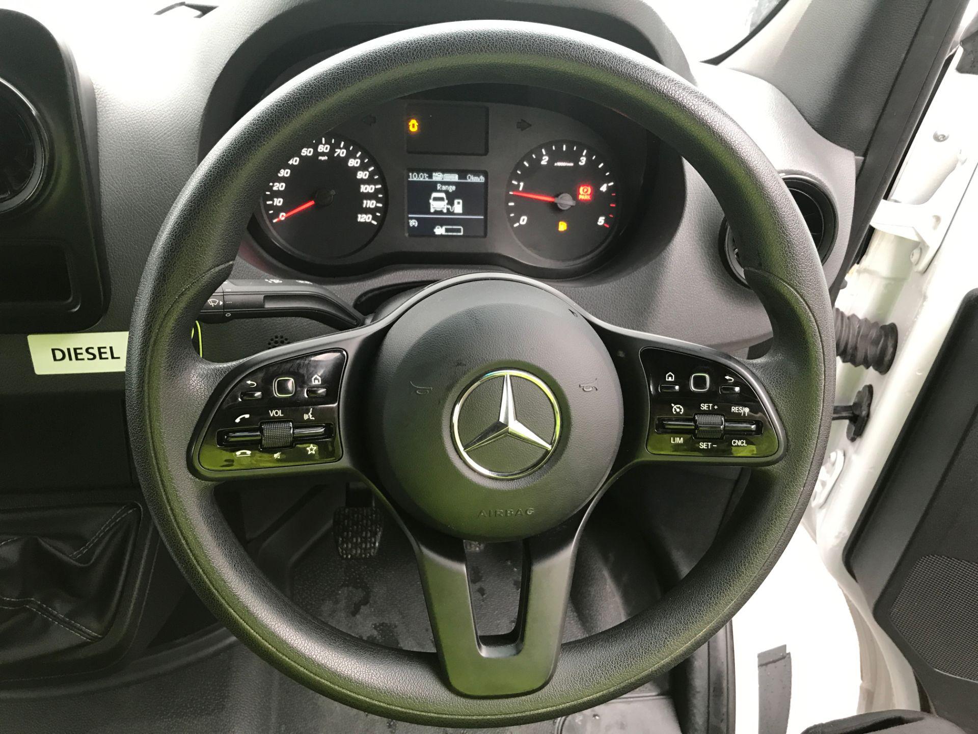 2018 Mercedes-Benz Sprinter 314CDI L2 H2 140PS EURO 6 (KM68EKF) Image 5