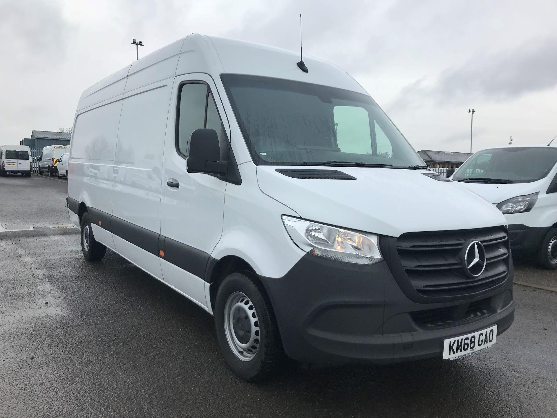 2018 Mercedes-Benz Sprinter 3.5T H2 Van (KM68GAO)