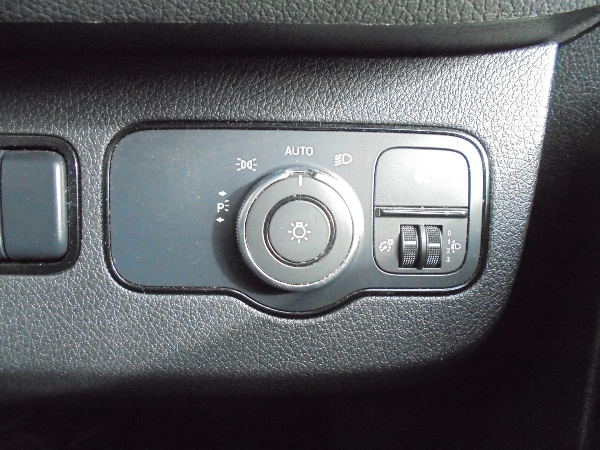 2018 Mercedes-Benz Sprinter 314 CDI 3.5T MWB Van (KM68GBE) Image 14