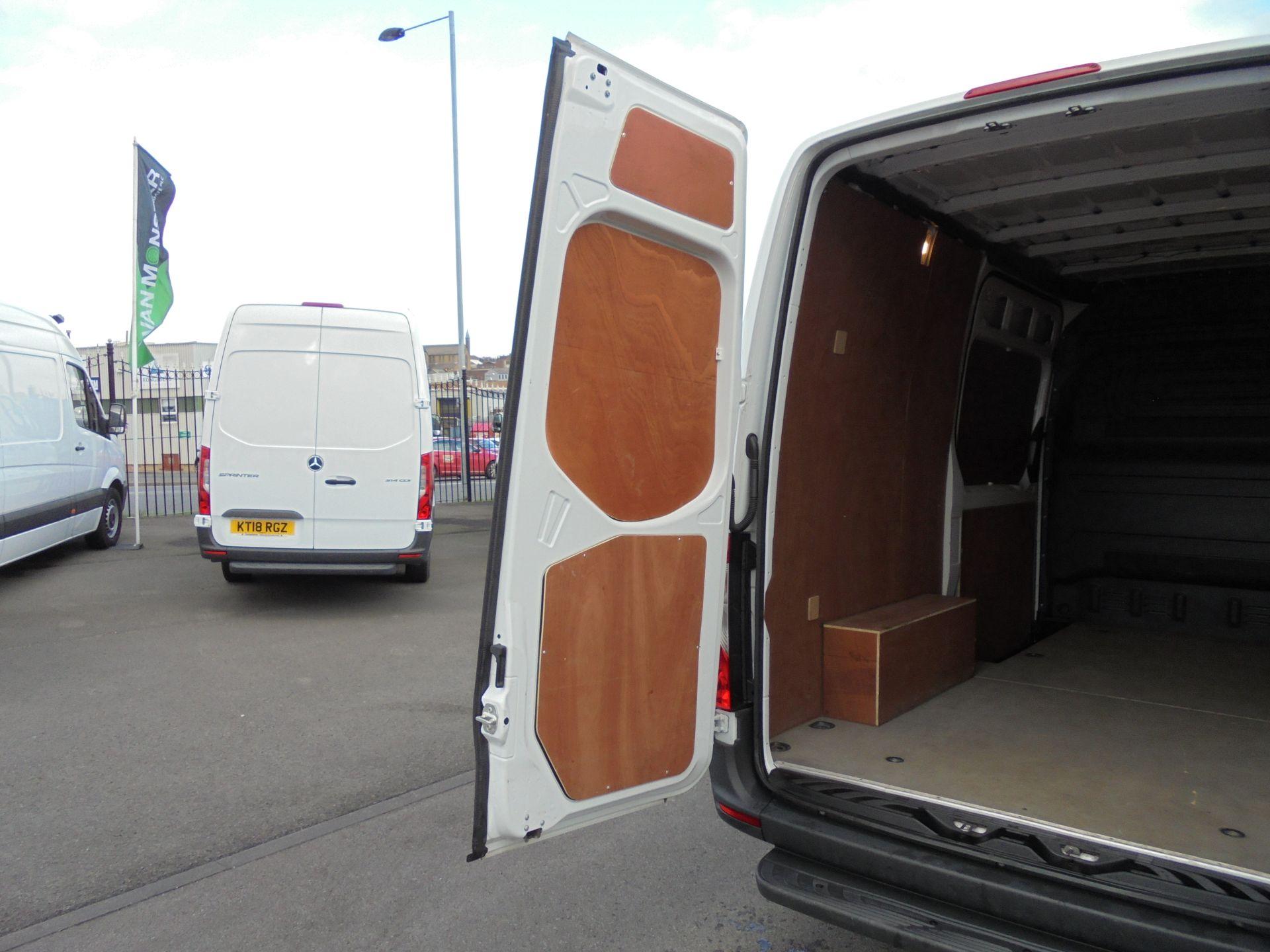 2018 Mercedes-Benz Sprinter 314 CDI 3.5T MWB Van (KM68GBE) Image 32