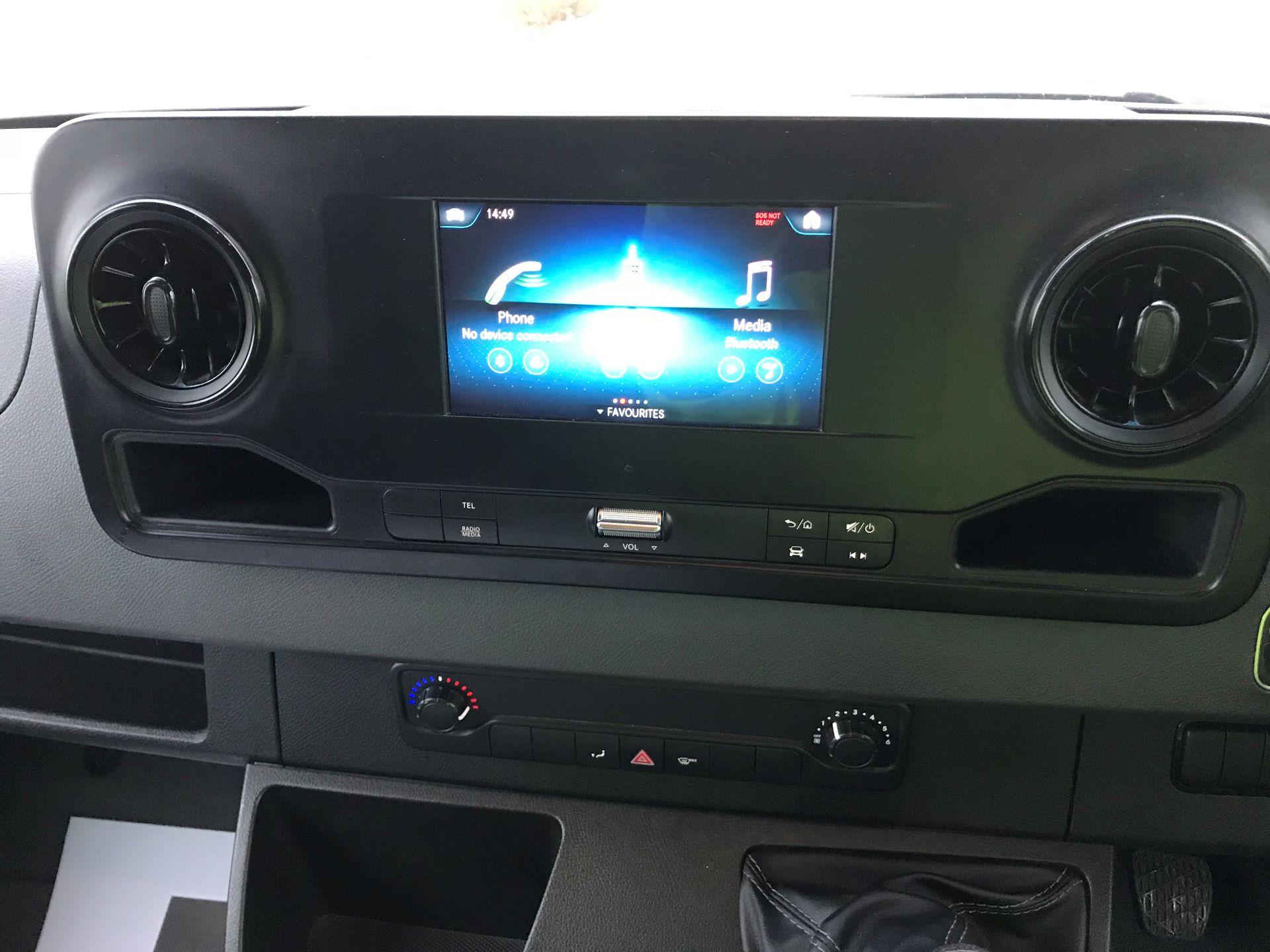 2018 Mercedes-Benz Sprinter 3.5T H2 Van EURO 6 (KM68GGF) Image 22