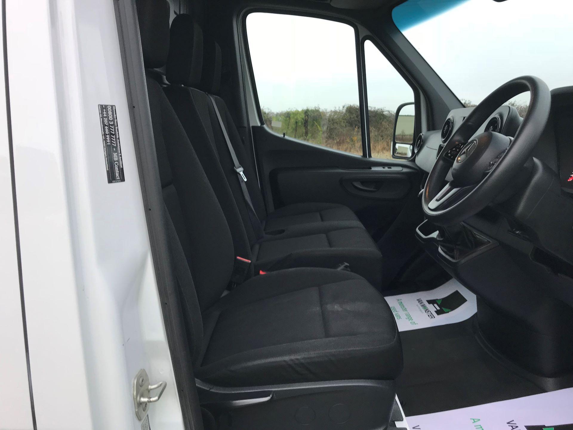 2018 Mercedes-Benz Sprinter 3.5T H2 Van EURO 6 (KM68GGF) Image 16