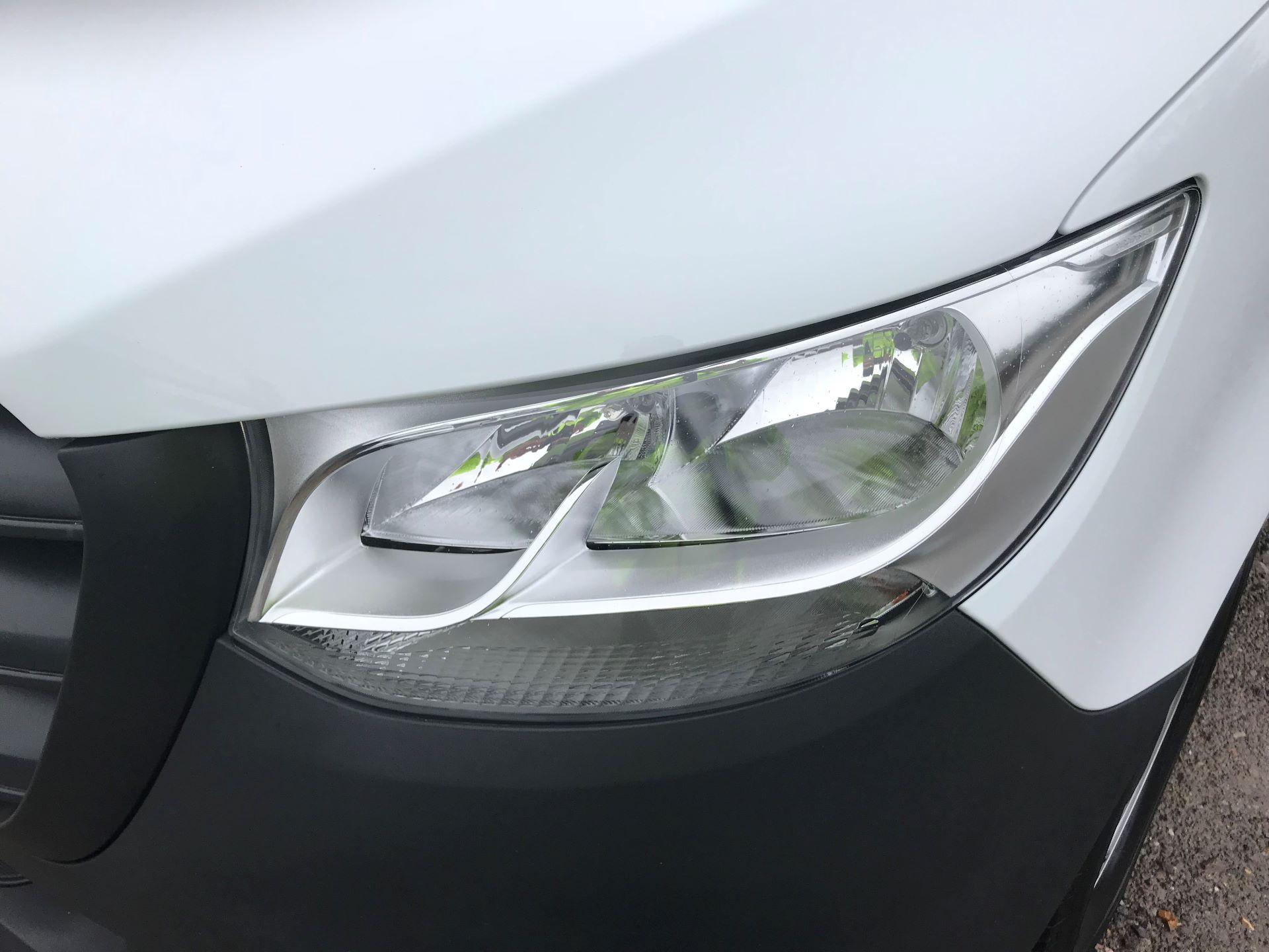 2018 Mercedes-Benz Sprinter 3.5T H2 Van EURO 6 (KM68GGF) Image 25