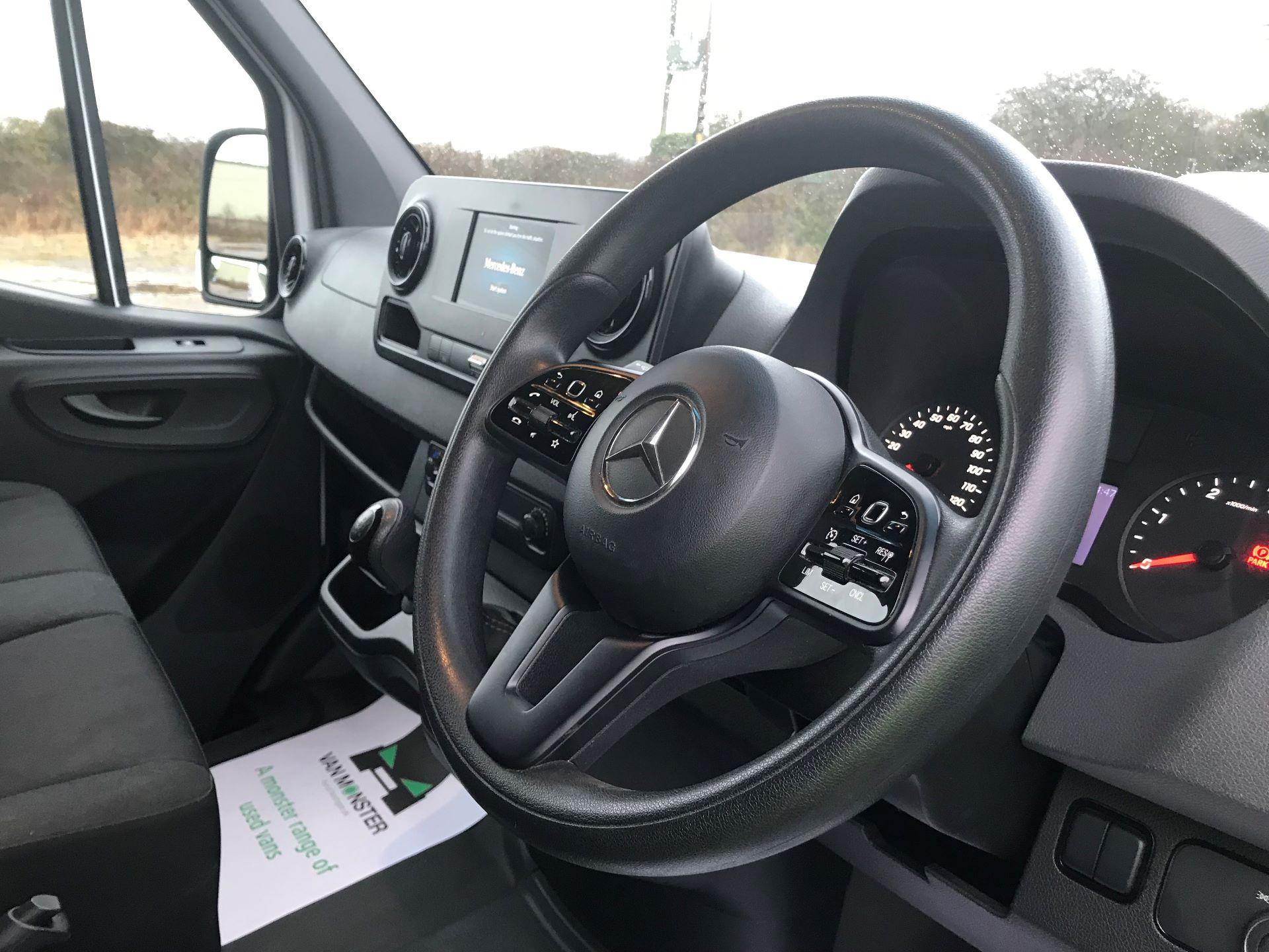 2018 Mercedes-Benz Sprinter 3.5T H2 Van EURO 6 (KM68GGF) Image 18