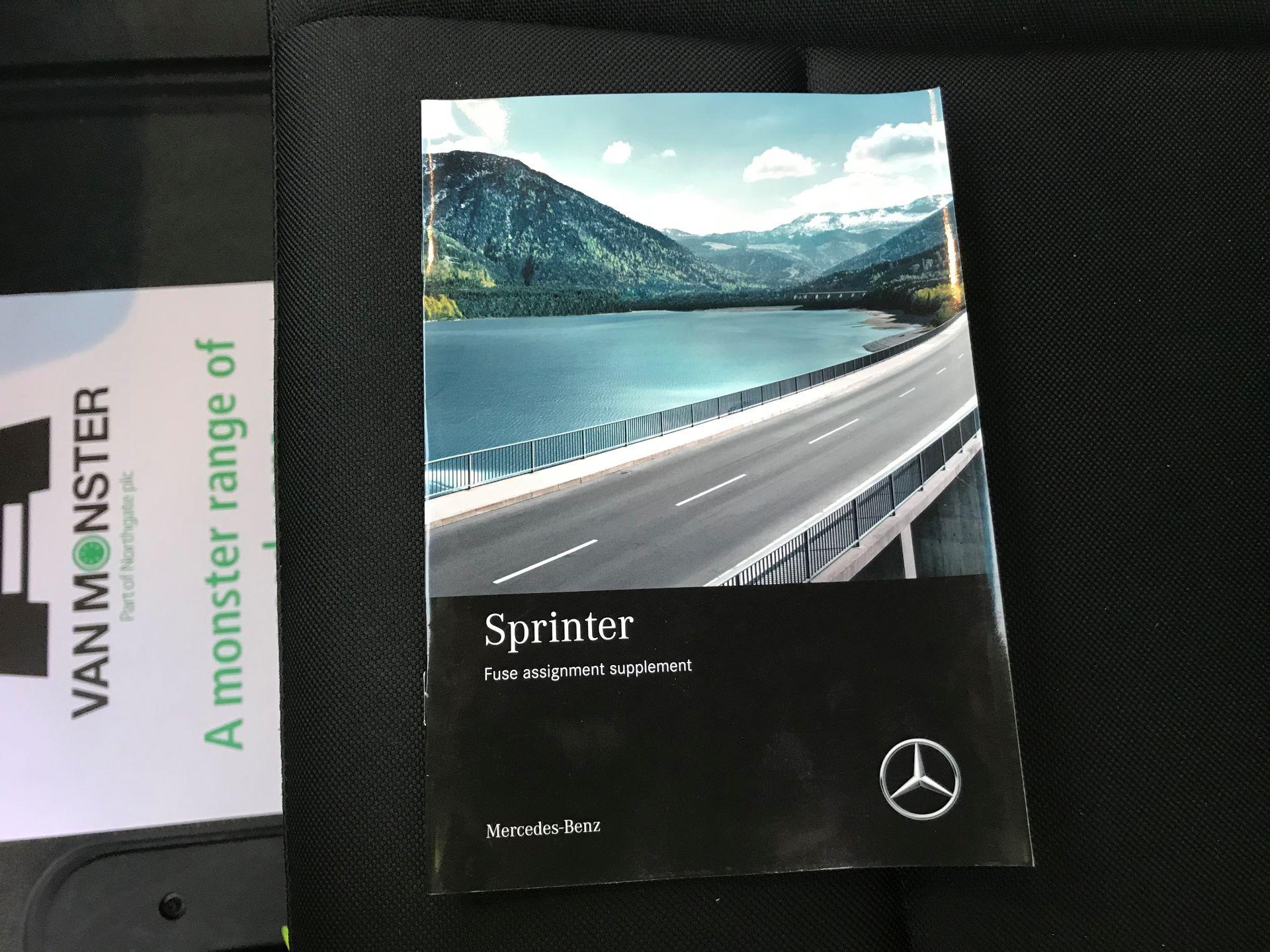 2018 Mercedes-Benz Sprinter 3.5T H2 Van EURO 6 (KM68GGF) Image 33