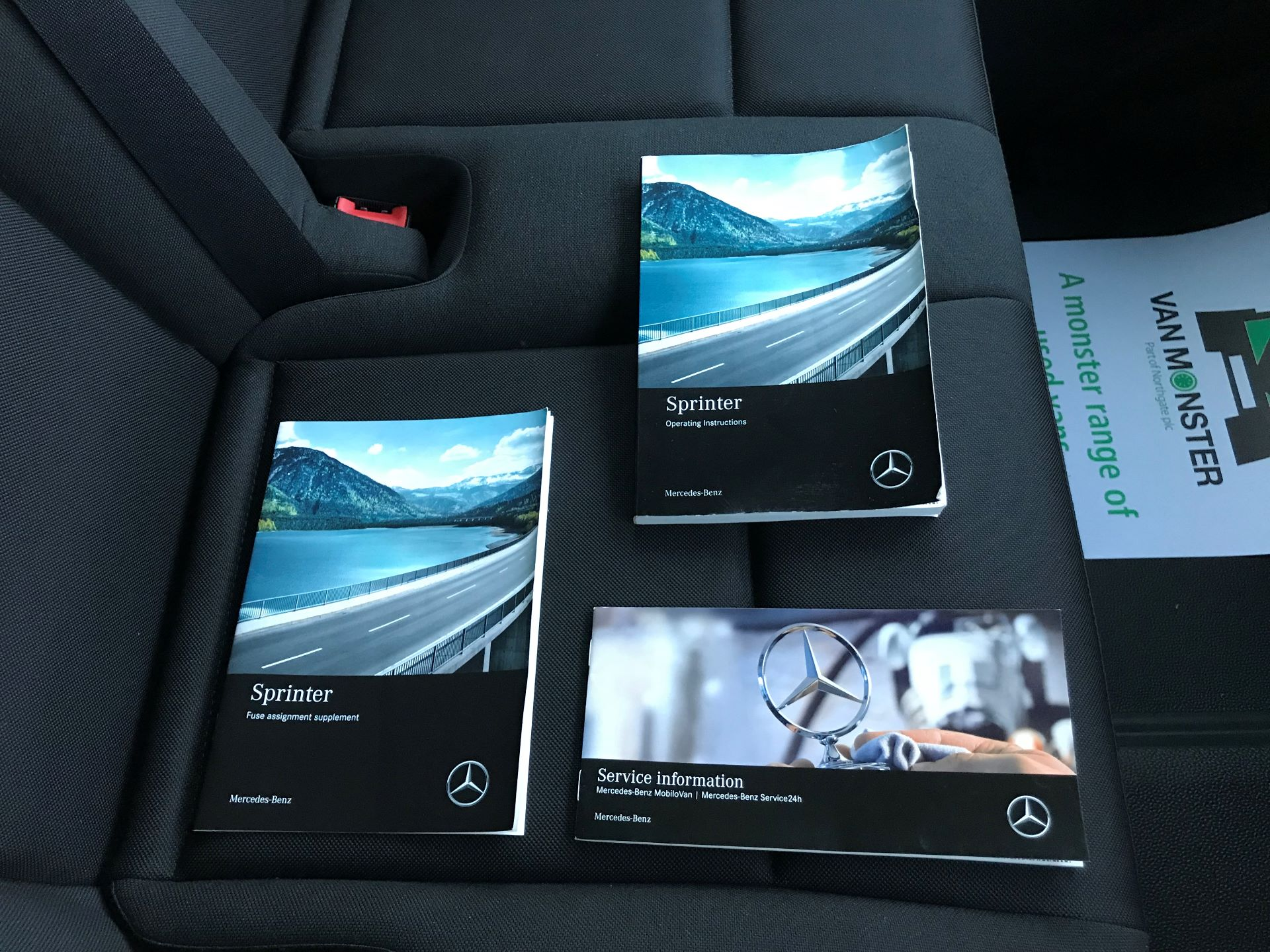 2018 Mercedes-Benz Sprinter 3.5T H2 Van Euro 6 (KM68GNP) Image 31