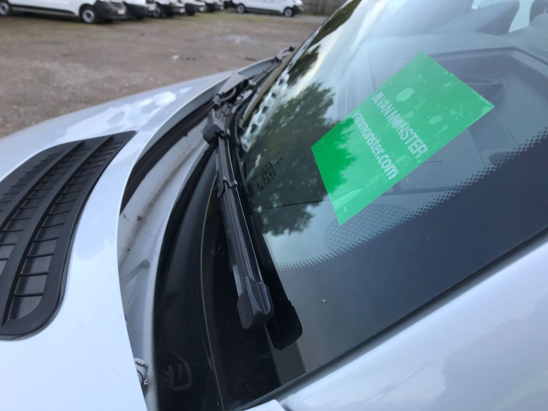 2018 Mercedes-Benz Sprinter 3.5T H2 Van Euro 6 (KM68GNP) Image 19