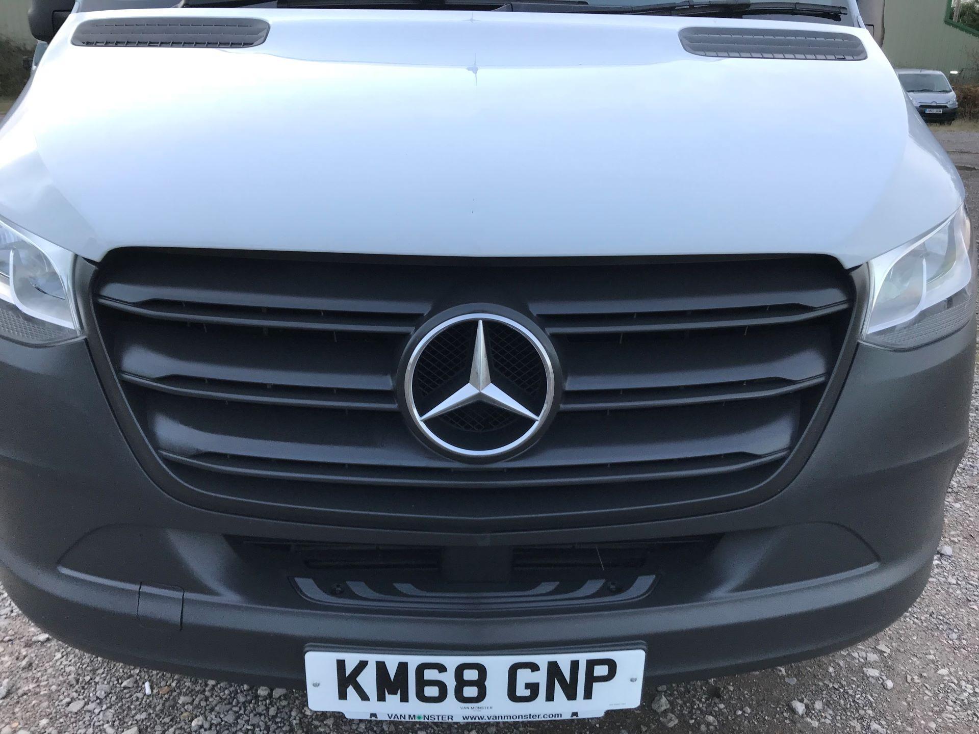2018 Mercedes-Benz Sprinter 3.5T H2 Van Euro 6 (KM68GNP) Image 14