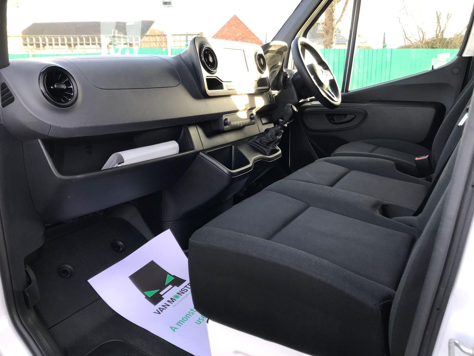 2018 Mercedes-Benz Sprinter  314 MWB H/R VAN EURO 6 (KM68PKC) Image 17