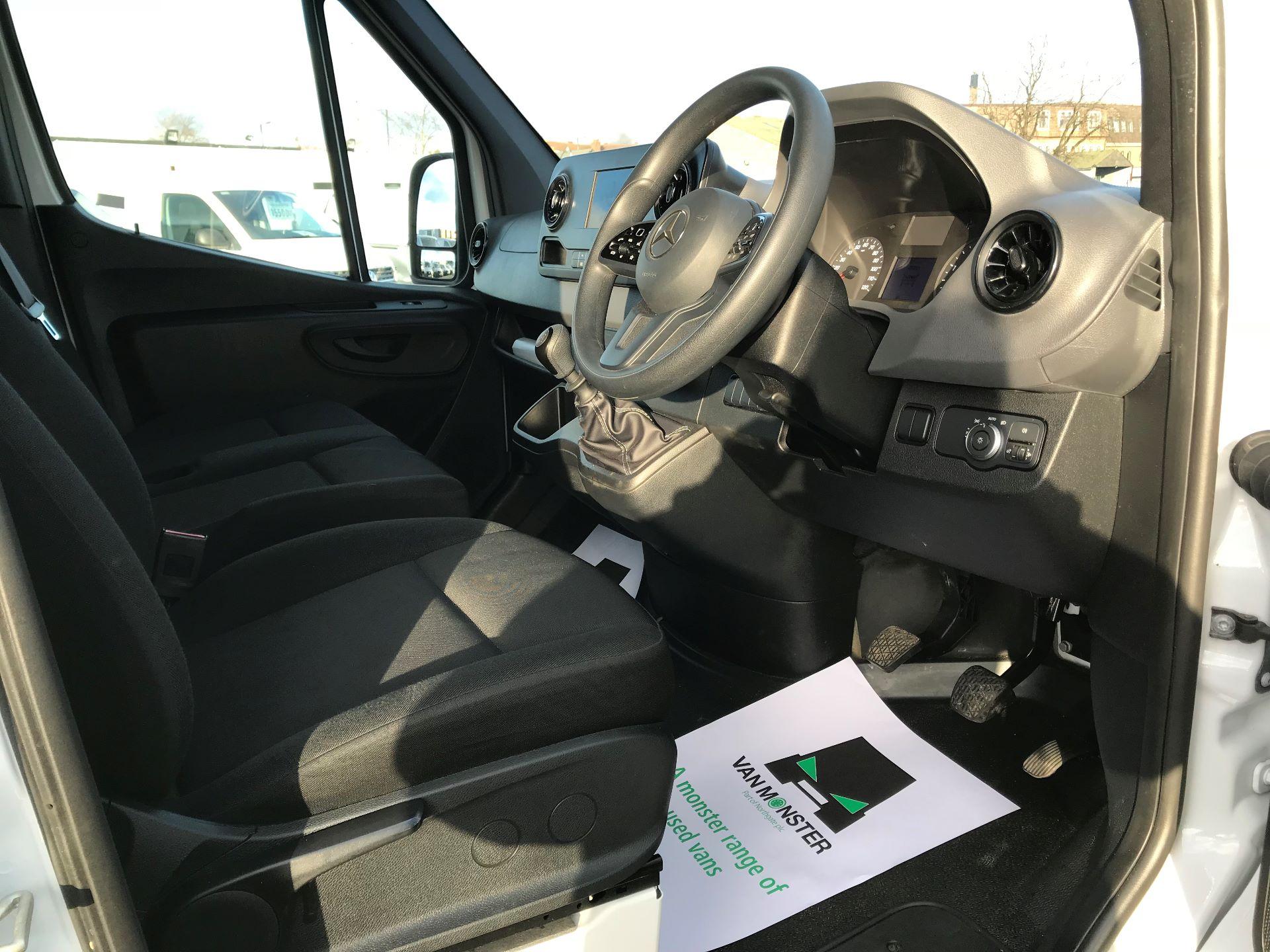 2018 Mercedes-Benz Sprinter  314 MWB H/R VAN EURO 6 (KM68PKC) Image 18