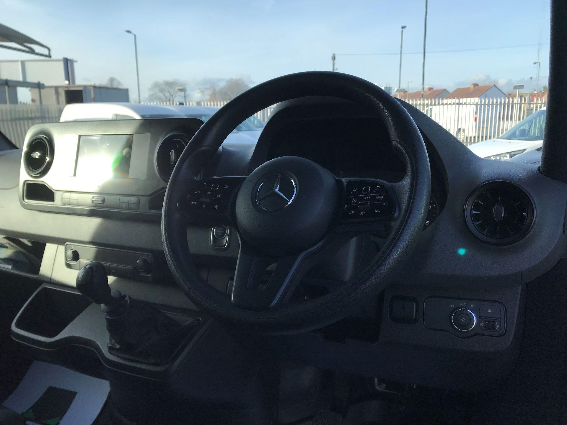 2018 Mercedes-Benz Sprinter 314 MWB H/R VAN EURO 6 (KM68PXP) Image 21