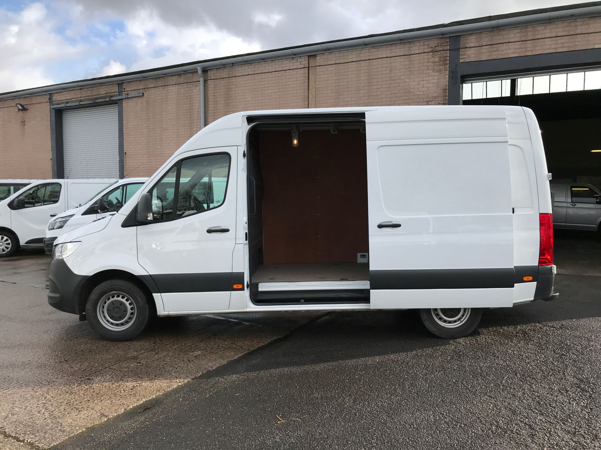 2018 Mercedes-Benz Sprinter 314CDI L2 H2 140PS EURO 6 (KM68UBL) Thumbnail 15