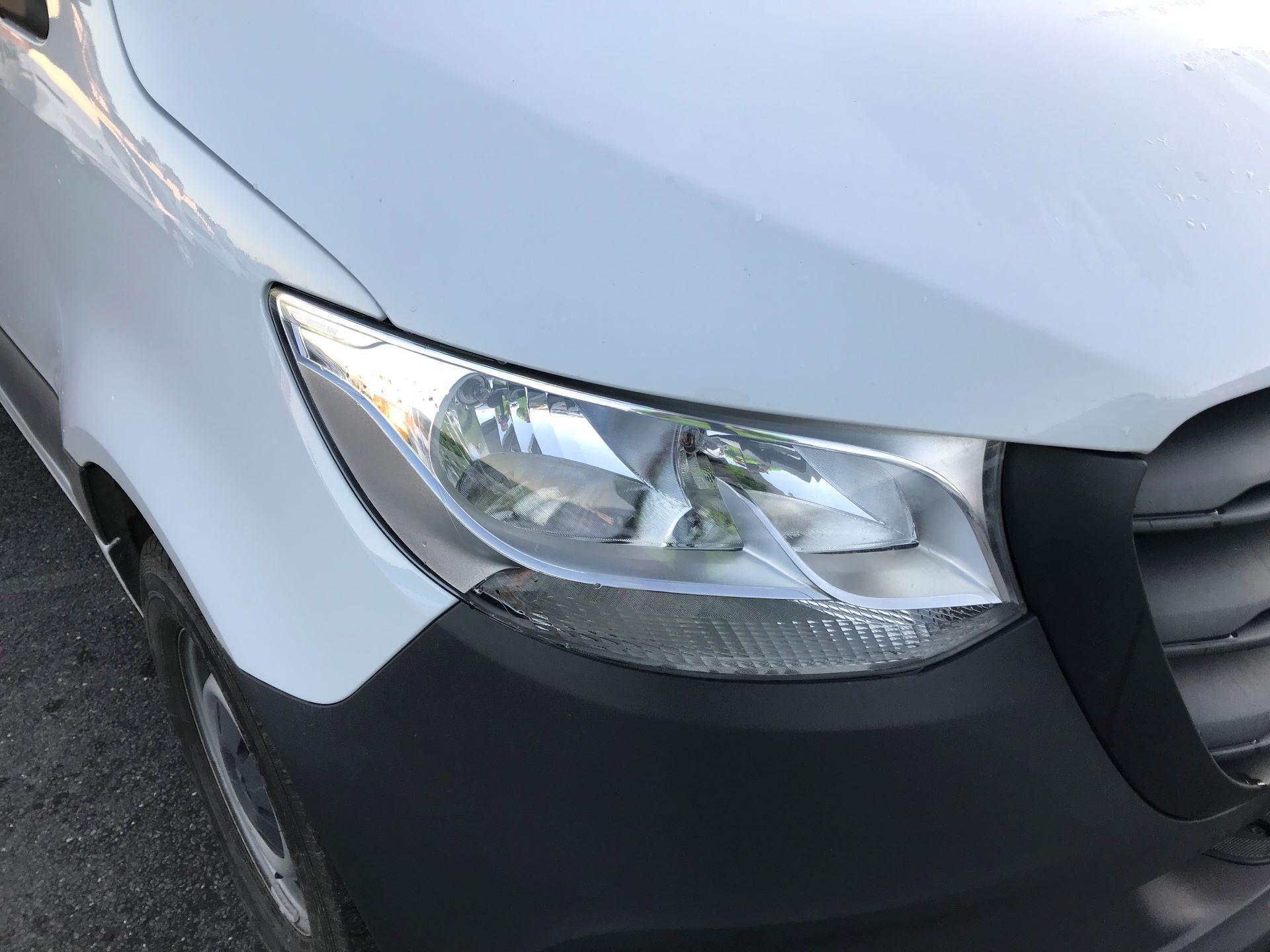 2018 Mercedes-Benz Sprinter  314 MWB H/R VAN EURO 6 (KM68UCU) Image 15