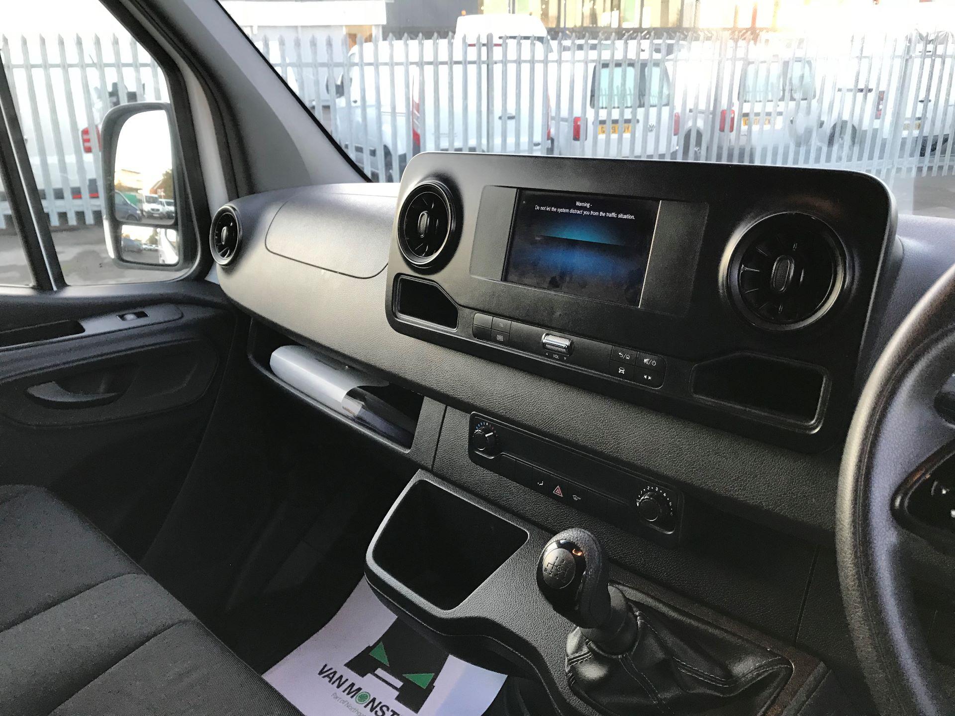2018 Mercedes-Benz Sprinter  314 MWB H/R VAN EURO 6 (KM68UCU) Image 24