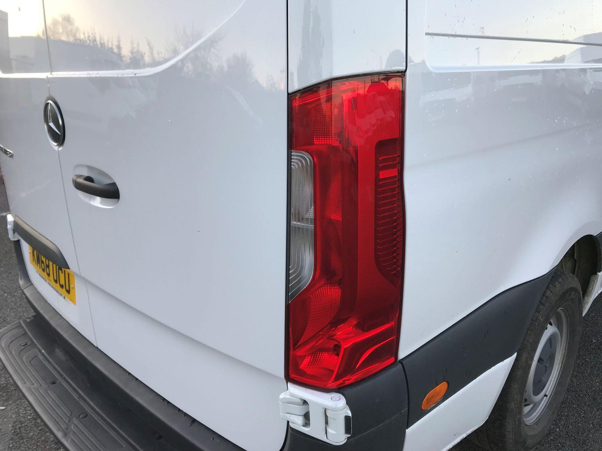 2018 Mercedes-Benz Sprinter  314 MWB H/R VAN EURO 6 (KM68UCU) Image 14
