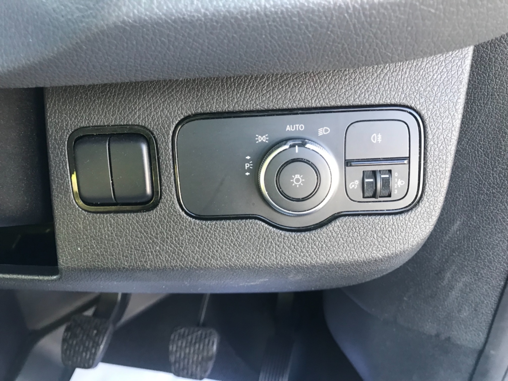 2018 Mercedes-Benz Sprinter  314 MWB H/R VAN EURO 6 (KM68UED) Image 18