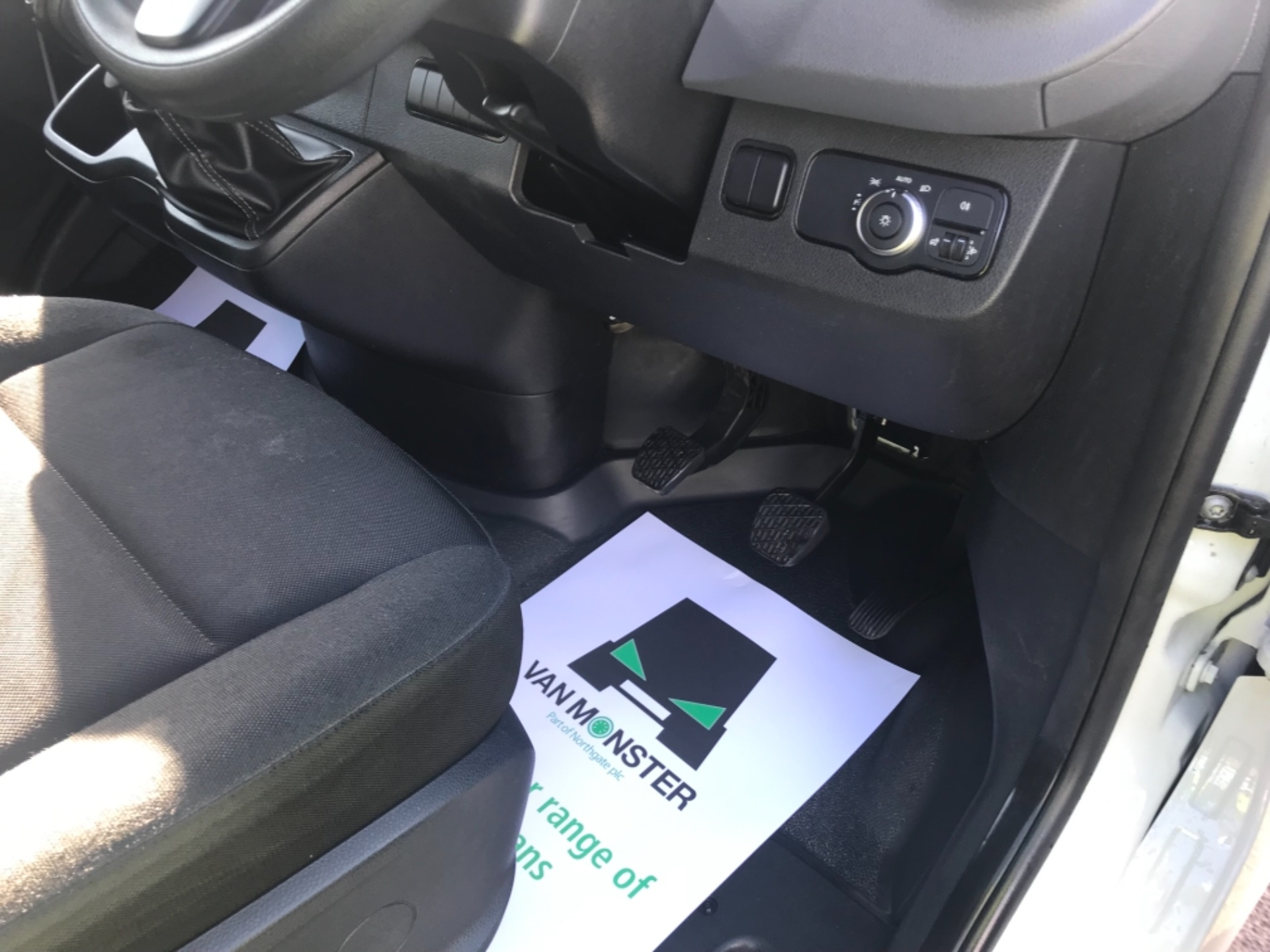2018 Mercedes-Benz Sprinter  314 MWB H/R VAN EURO 6 (KM68UED) Image 11