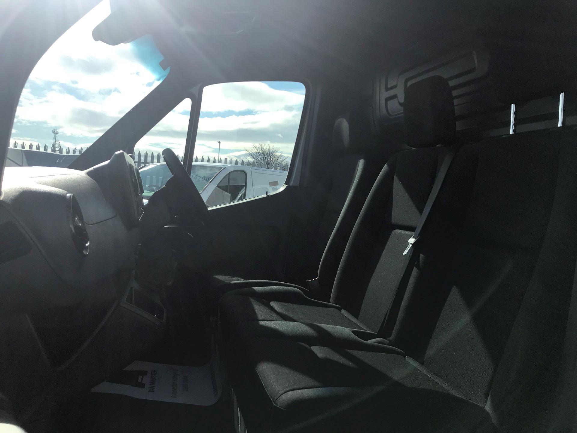 2018 Mercedes-Benz Sprinter 3.5T H2 Van (KM68UGA) Image 15